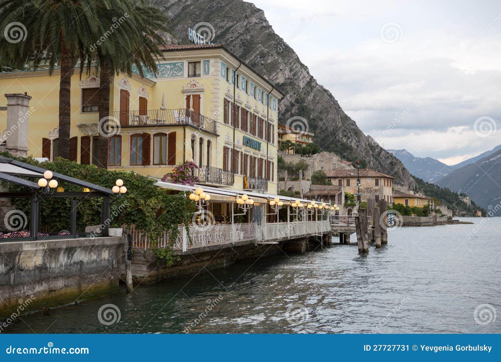 Ansicht zum See Garda