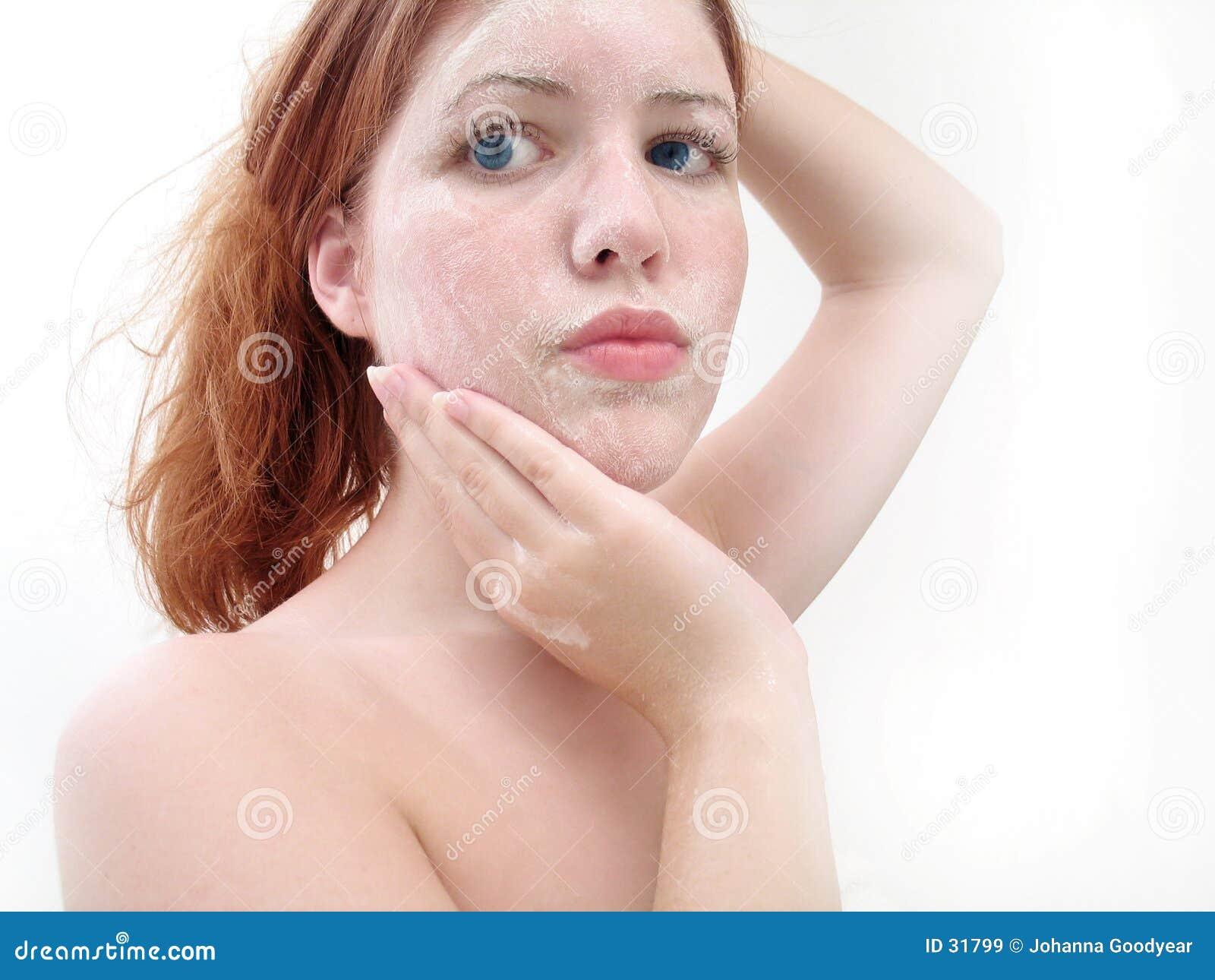 Ansikts- wash 4