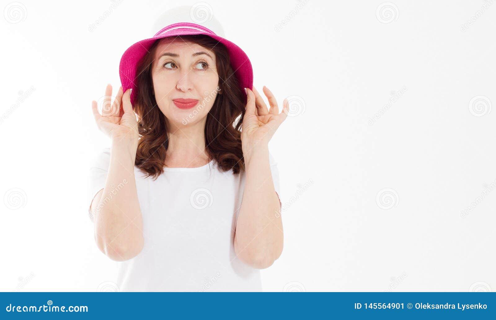 Anta zmarszczenia starzenia się lata twarzy skóry ochrona Wiek średni kobieta w plażowym kapeluszu i makeup w białej szablonu t k