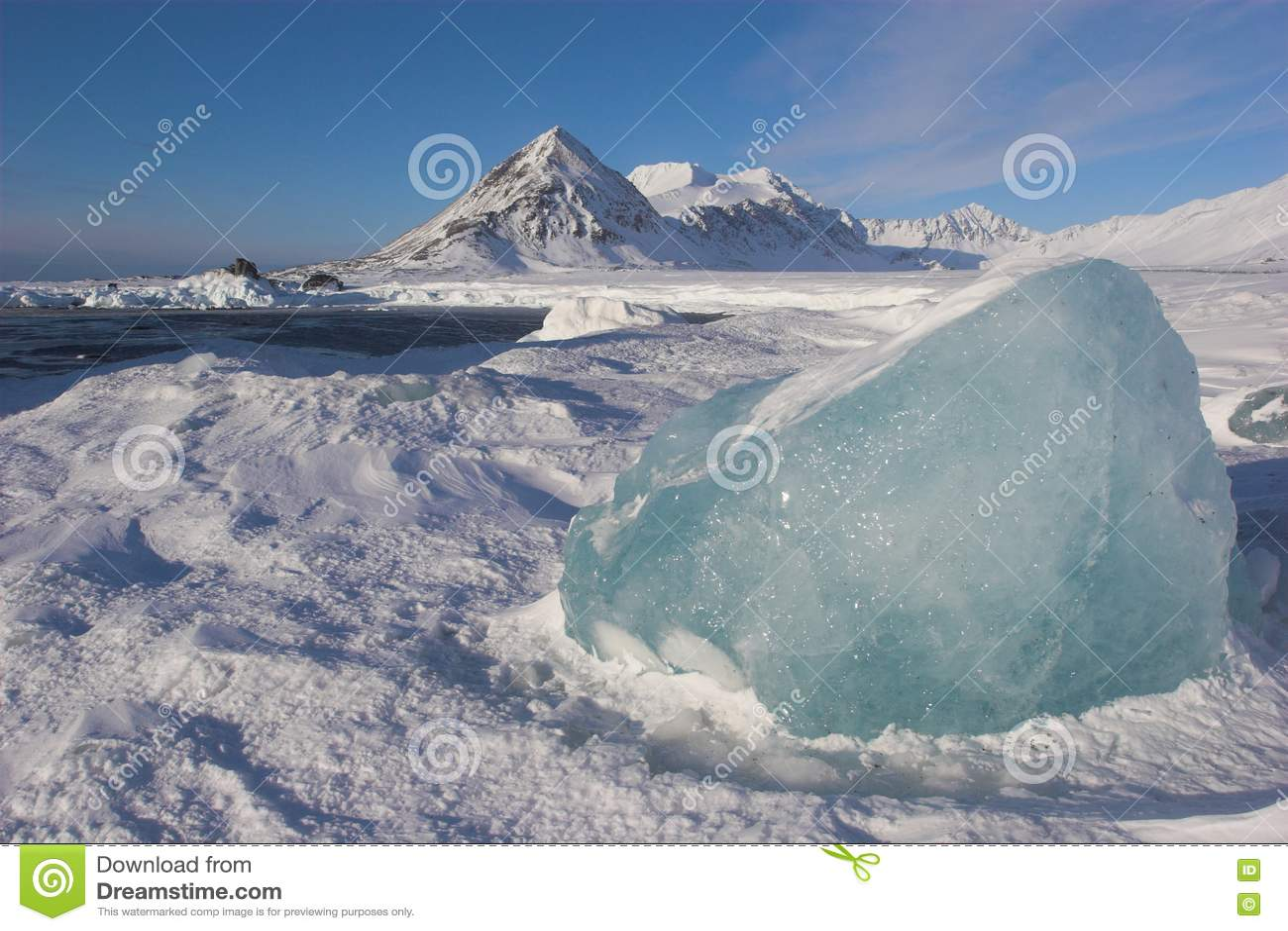 [Image: antarctic-winter-landscape-19515198.jpg]