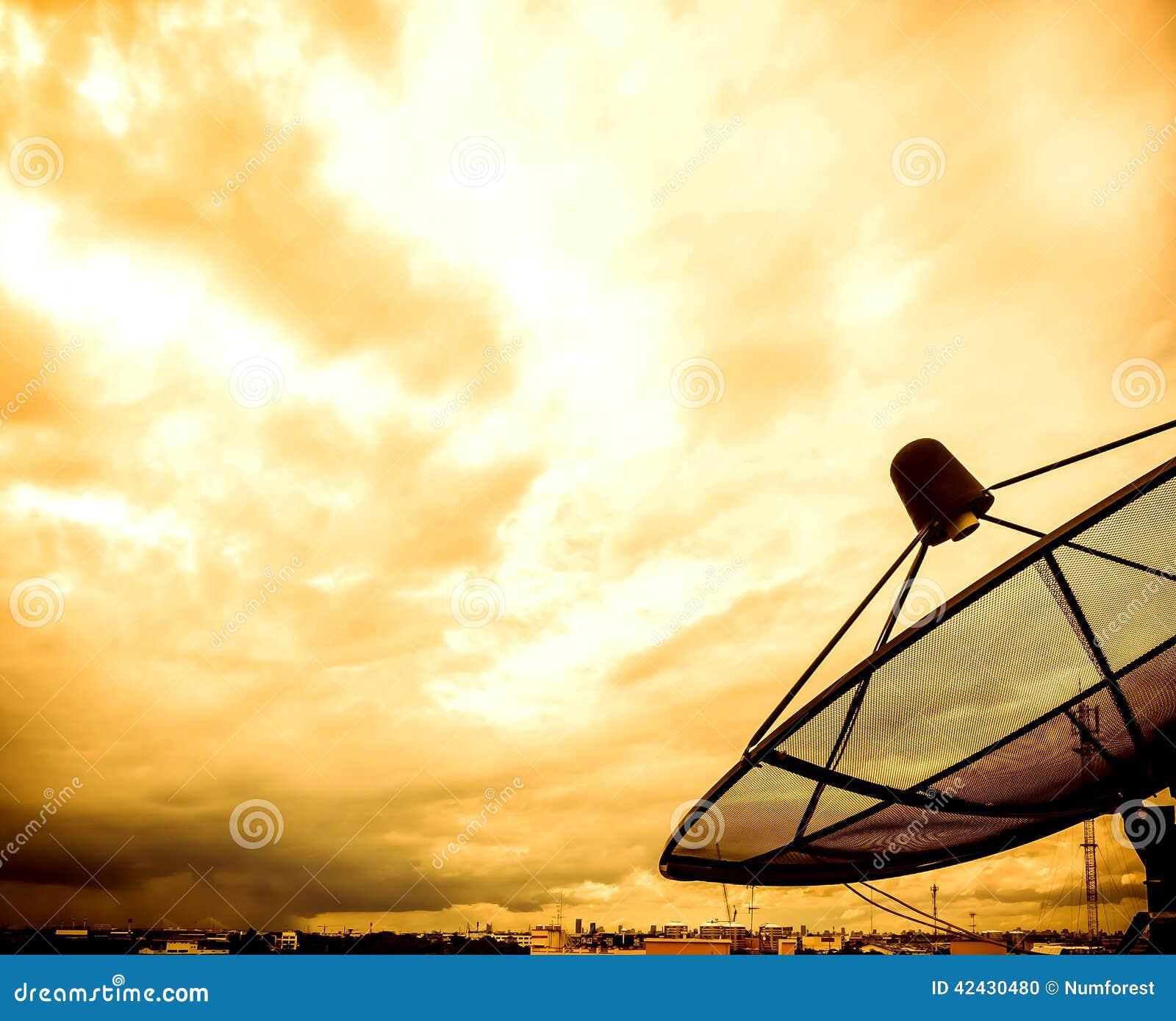 Antena parabólica en vintage
