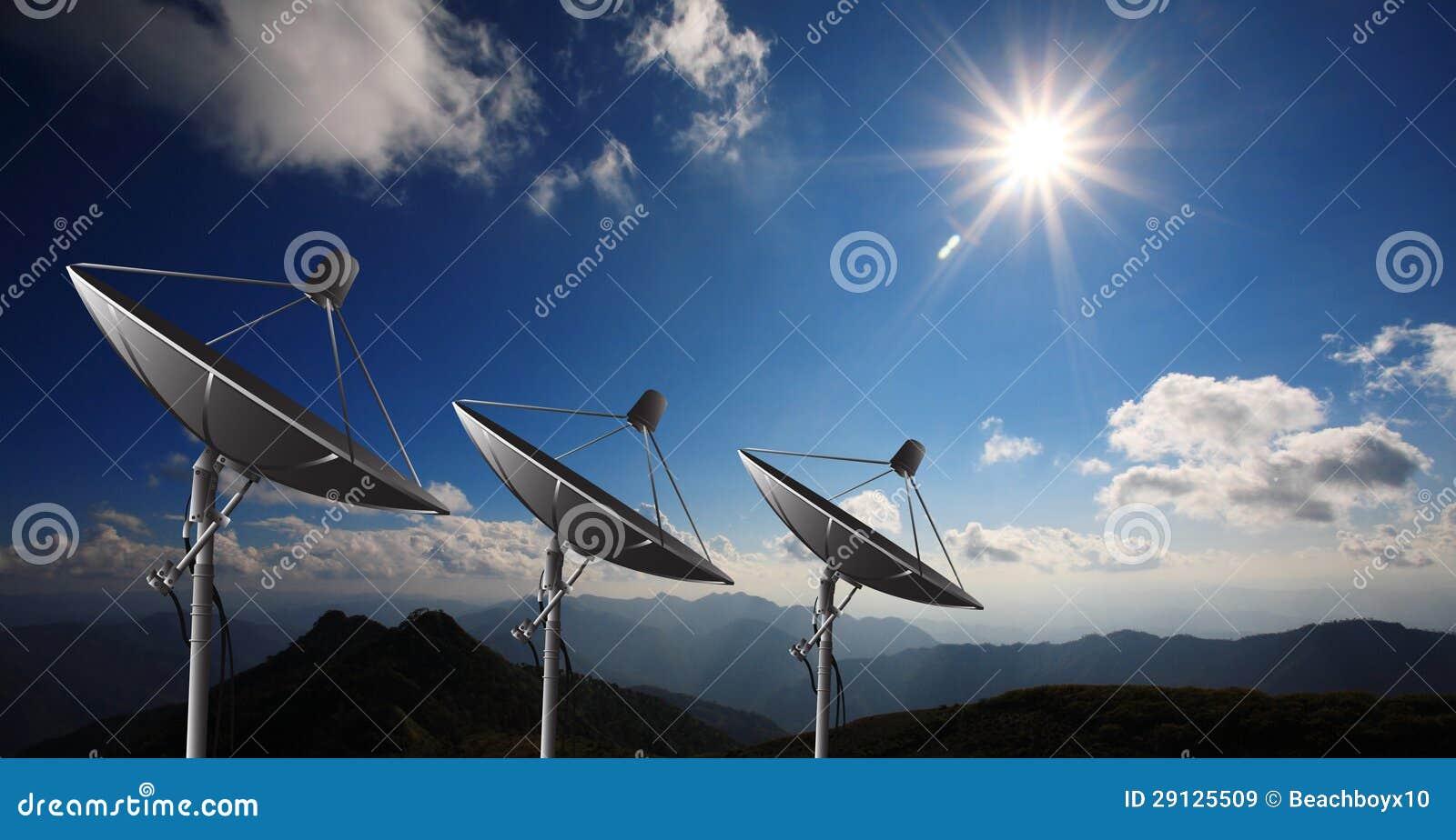 Antenas de antena parab lica imagens de stock royalty free for Antena 3 online gratis