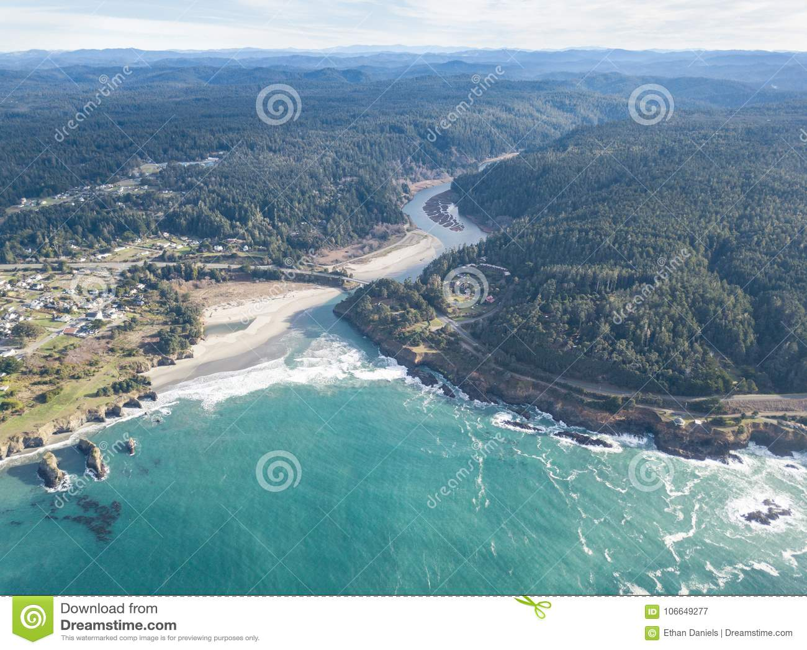 Antenna di bella riva di Mendocino in California del Nord