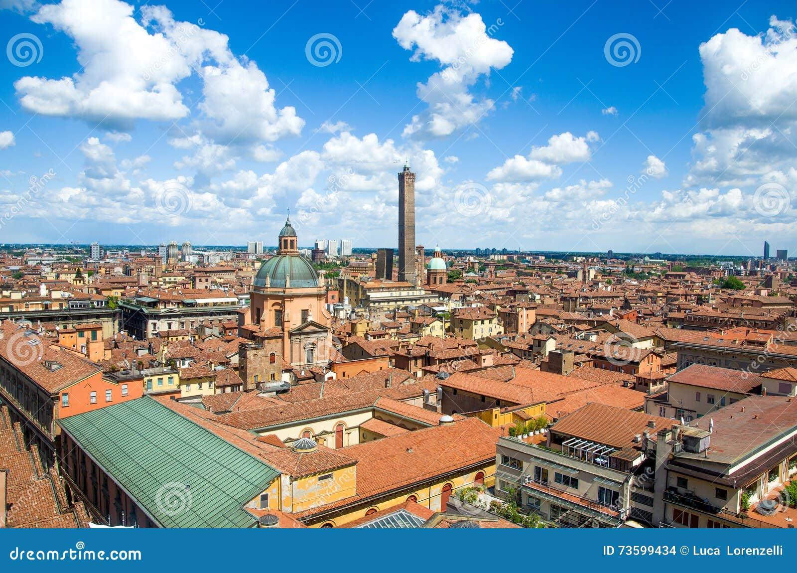 Antenne De Ville De L'Emilia-romagna Italie De Bologna Photo stock - Image: 73599434