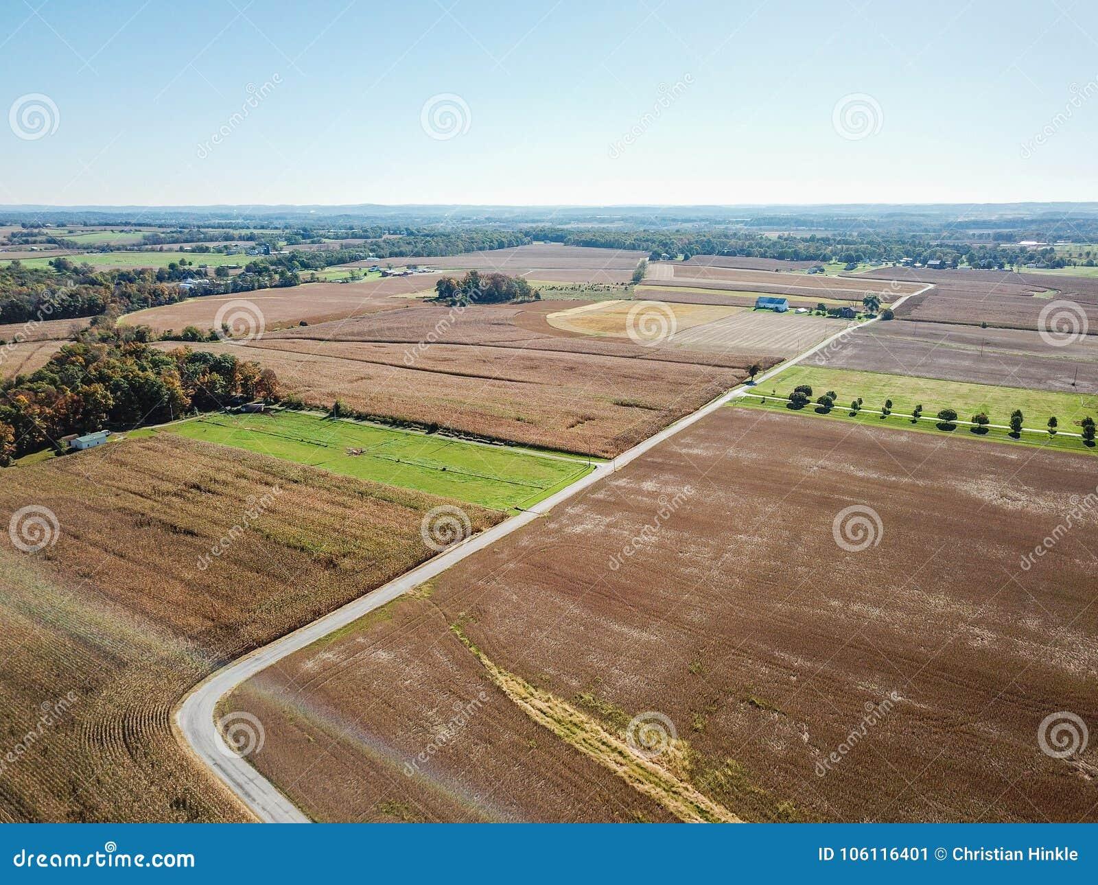 Antenne des terres cultivables à Douvres, Pennsylvanie juste au sud de Harrisbu