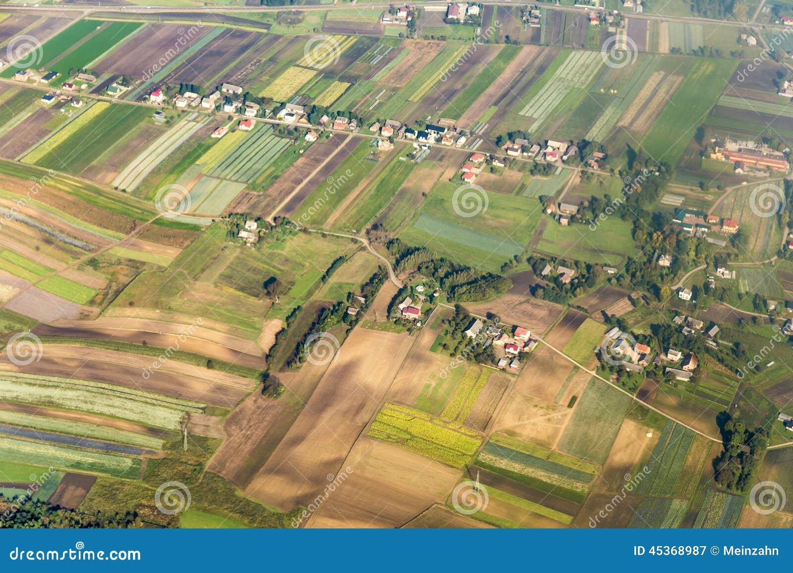 Antenne des terres cultivables polonaises près