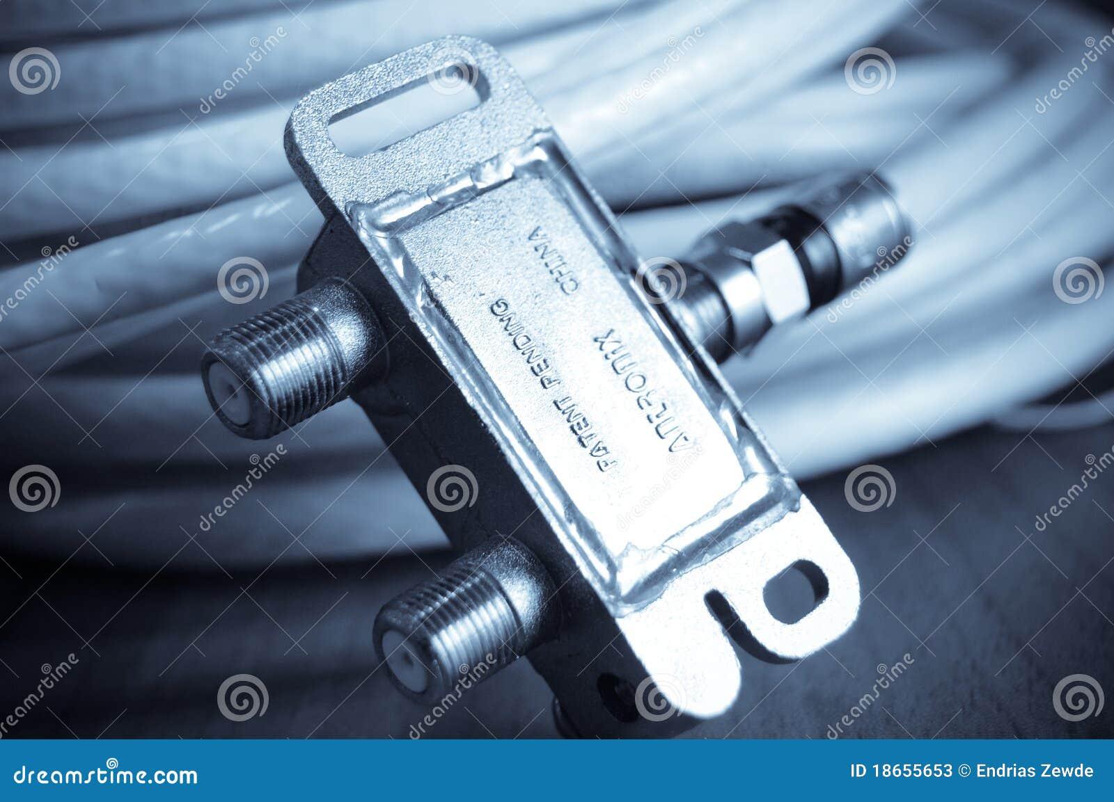 Antennkabel-TV Arkivfoton - Bild: 18655653 : antennkabel tv : Inredning