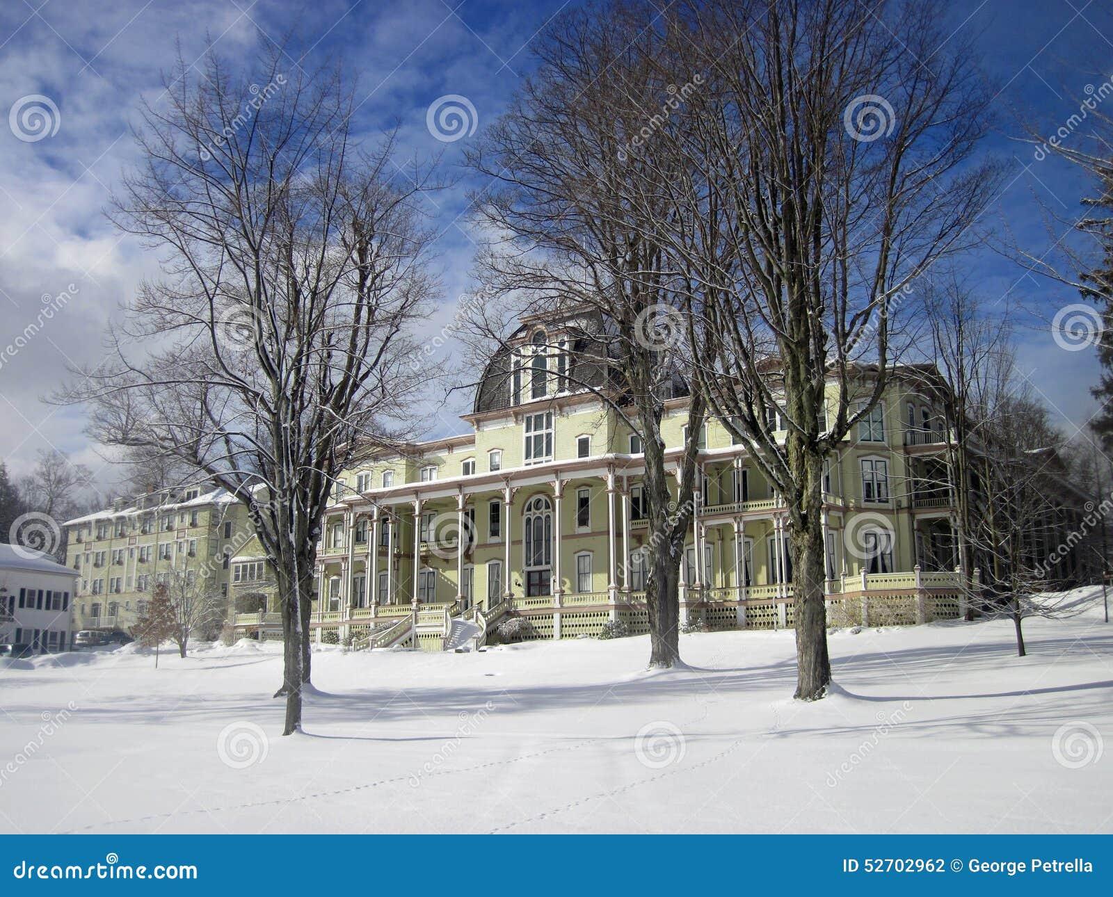 Anthenaeum en invierno en la institución de Chautauqua