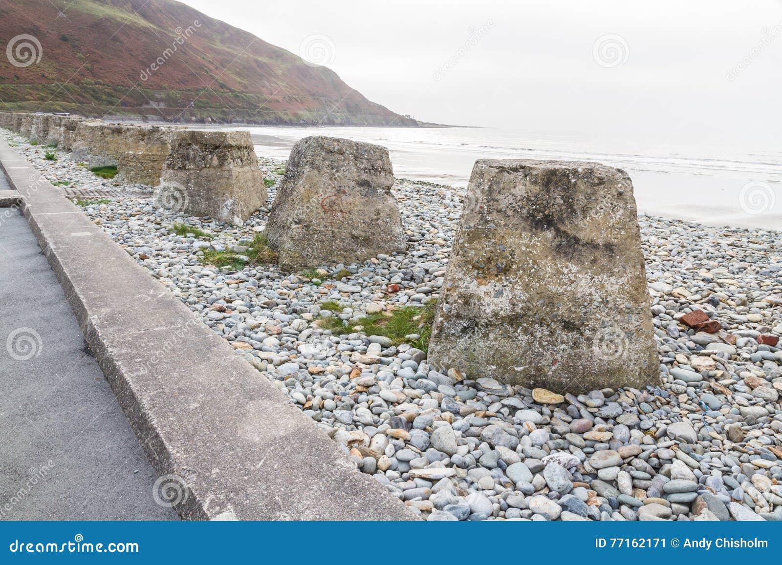 Anti cubes en réservoir, les défenses en pierre d invasion de la deuxième guerre mondiale
