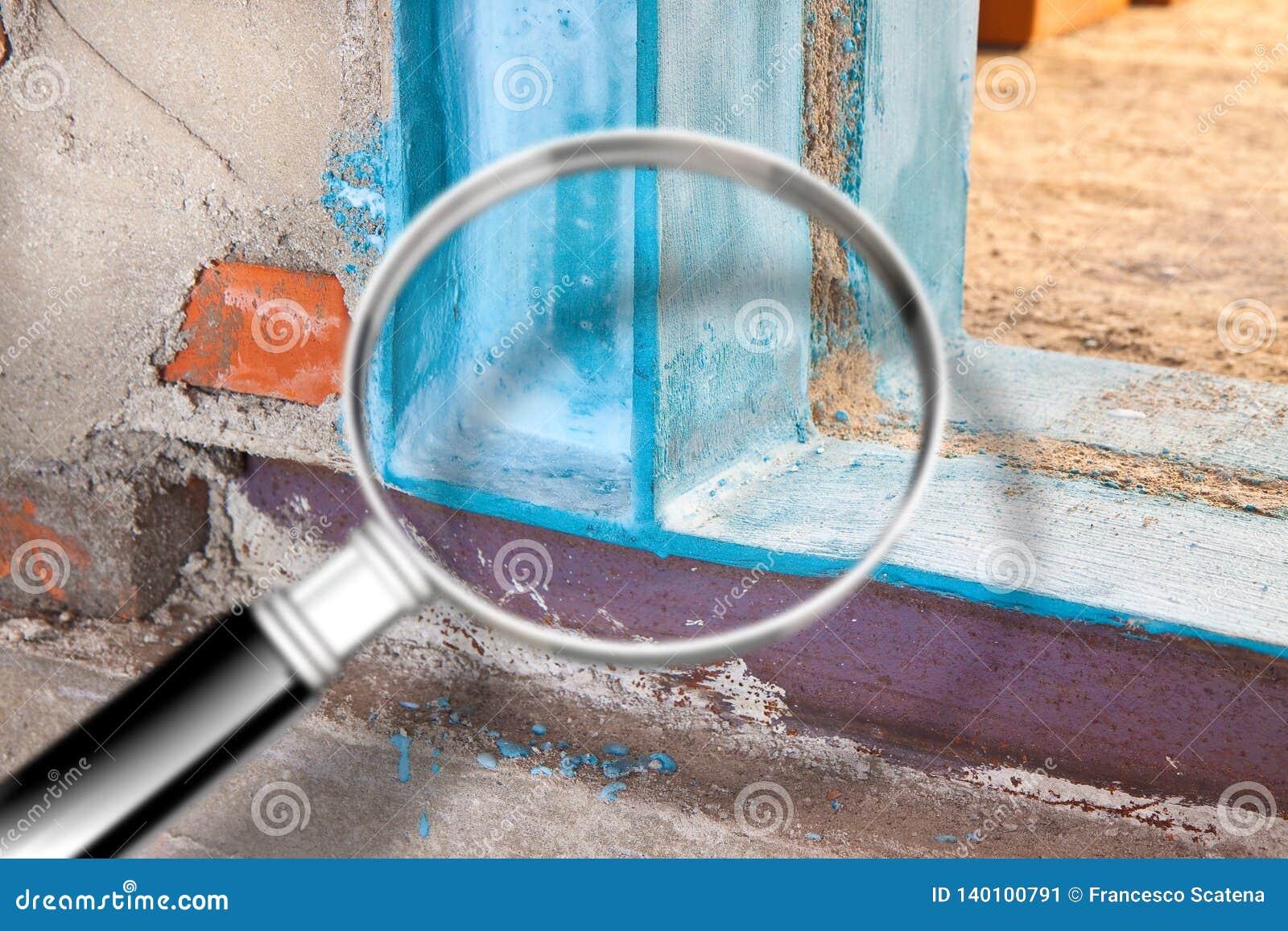 Anti seismische metaalstructuur met metaalbalk en van het pijlershea metaal profielen nuttig om een nieuwe deur tot stand te bren