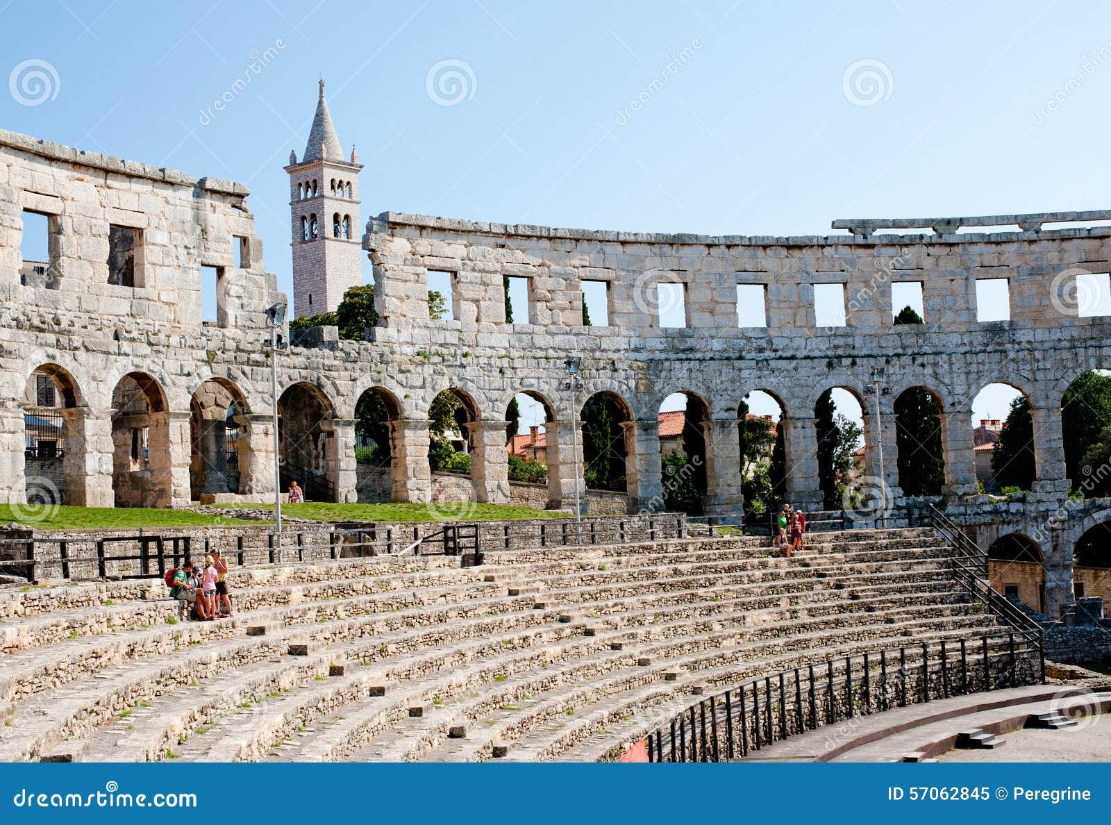 Antiek Roman forum in Pula