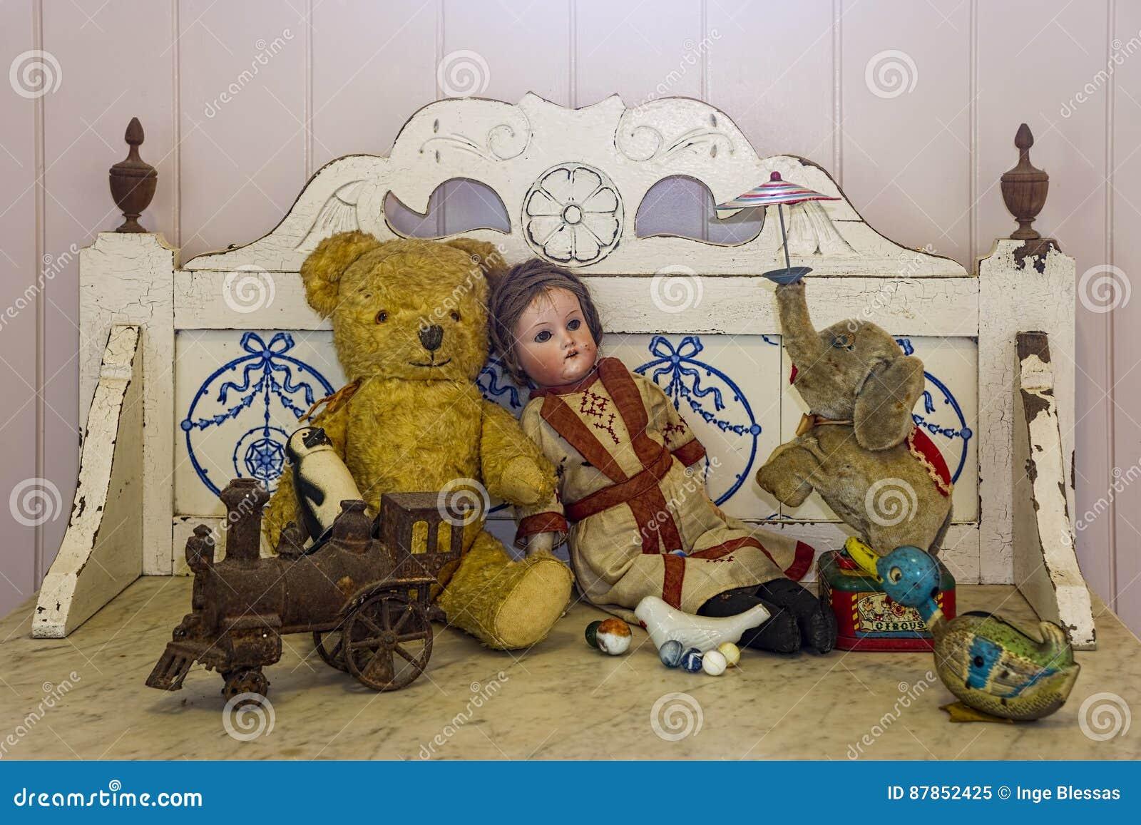 Antiek Speelgoed stock afbeelding. Afbeelding bestaande uit