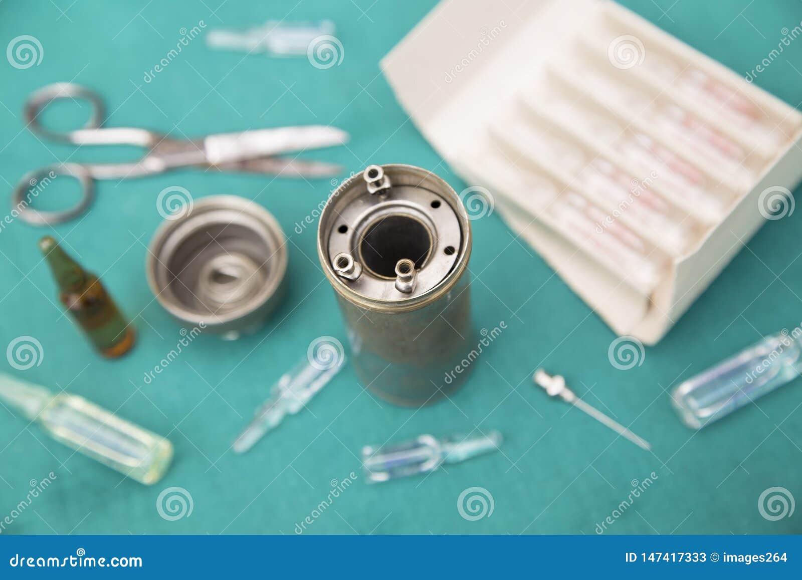 Antieke medische hulpmiddelen