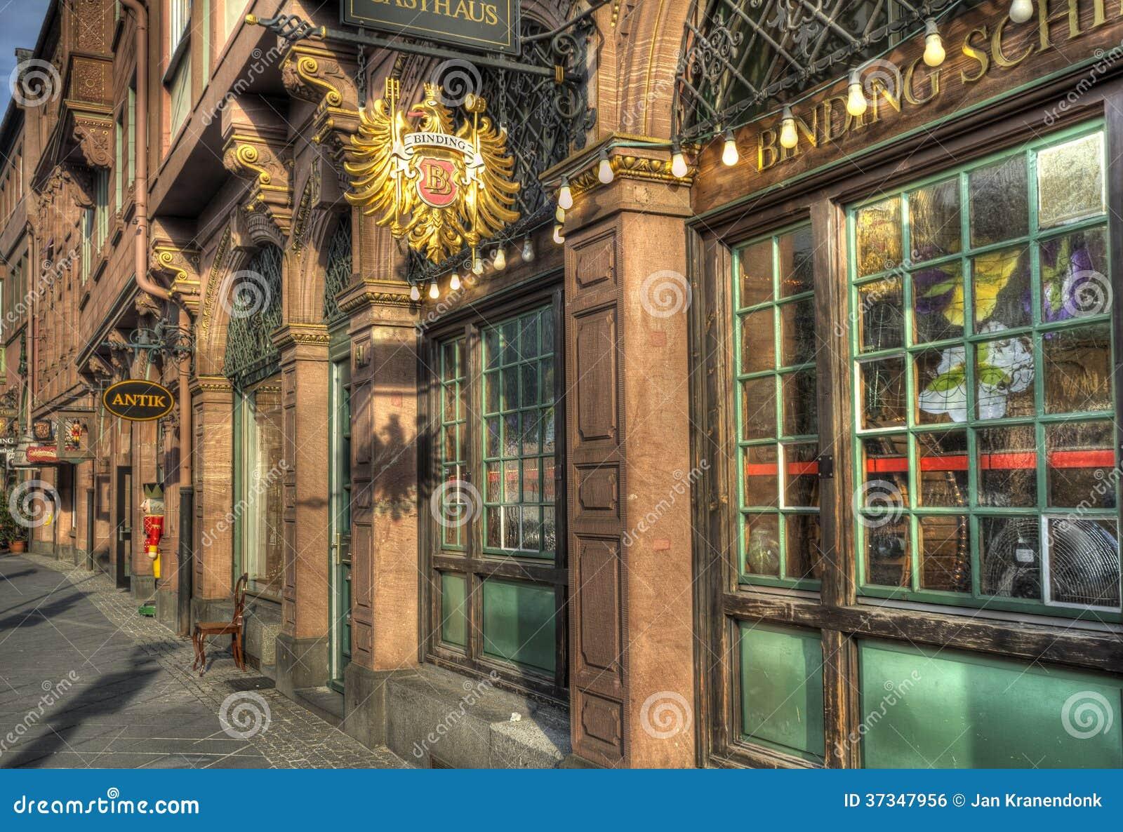Antika Frankfurt shoppar