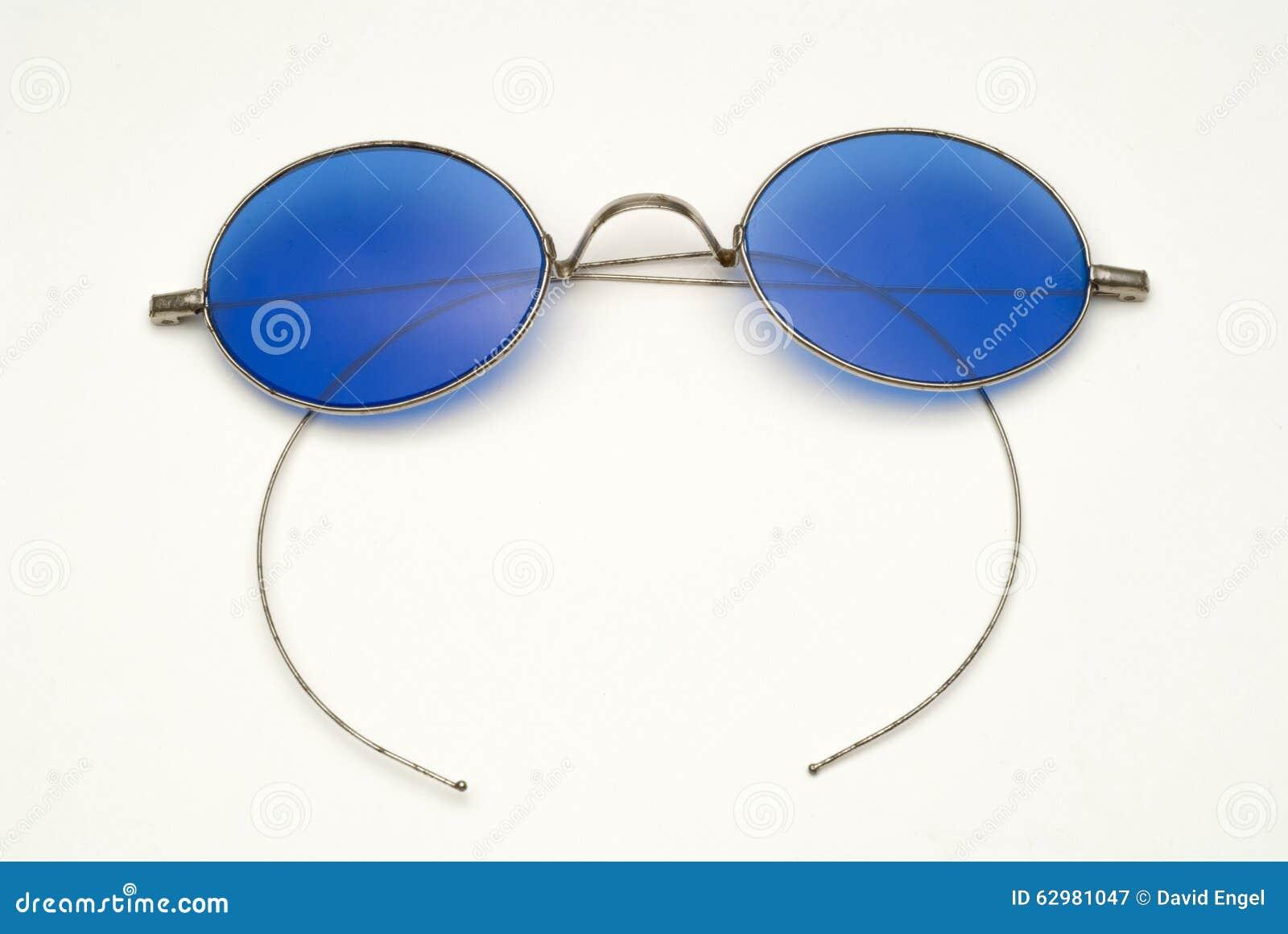 Antike Brillen Mit Blauen Linsen Und Draht-Rahmen Stockbild - Bild ...