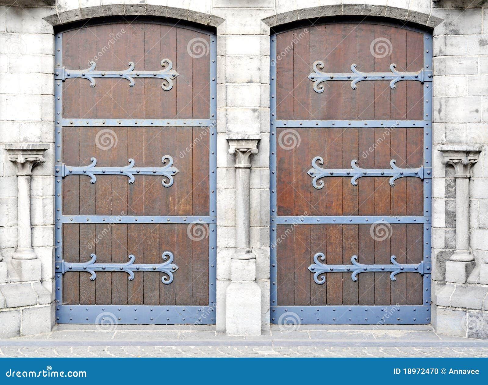 Antike türen  Antike Türen Stockfoto - Bild: 18972470