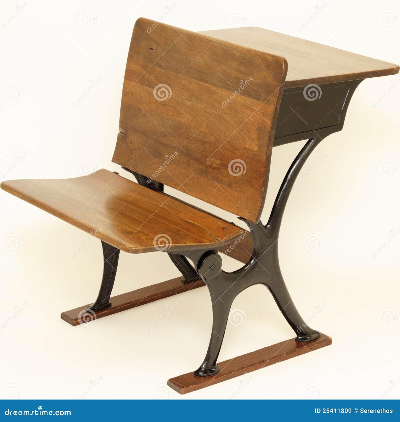 Stuhl schule  Antiker Schule-Stuhl Und Schreibtisch Lizenzfreie Stockbilder ...