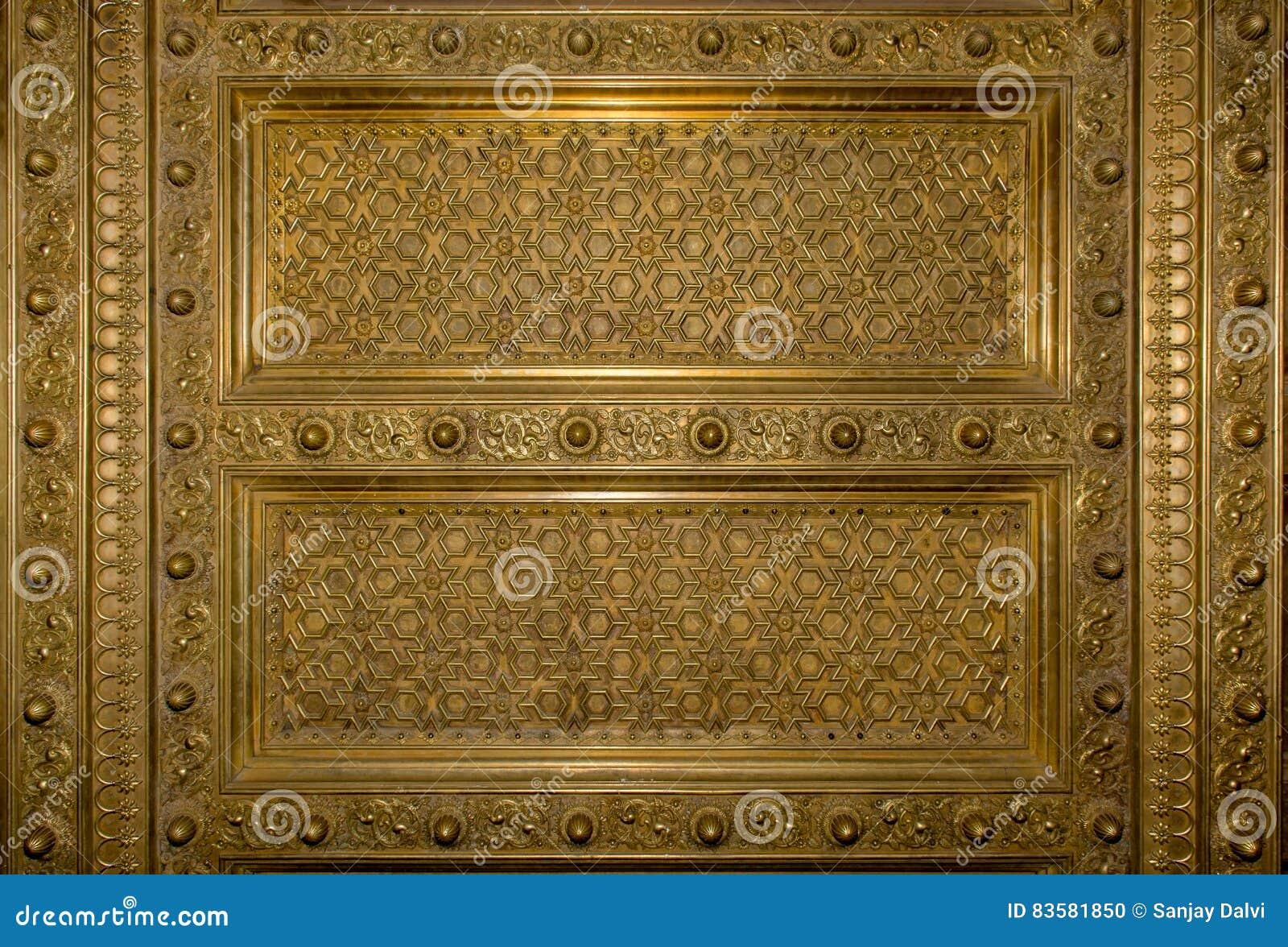 Antikes Gold Plaed Holztürrahmen Stockfoto - Bild von tür, jaipur ...