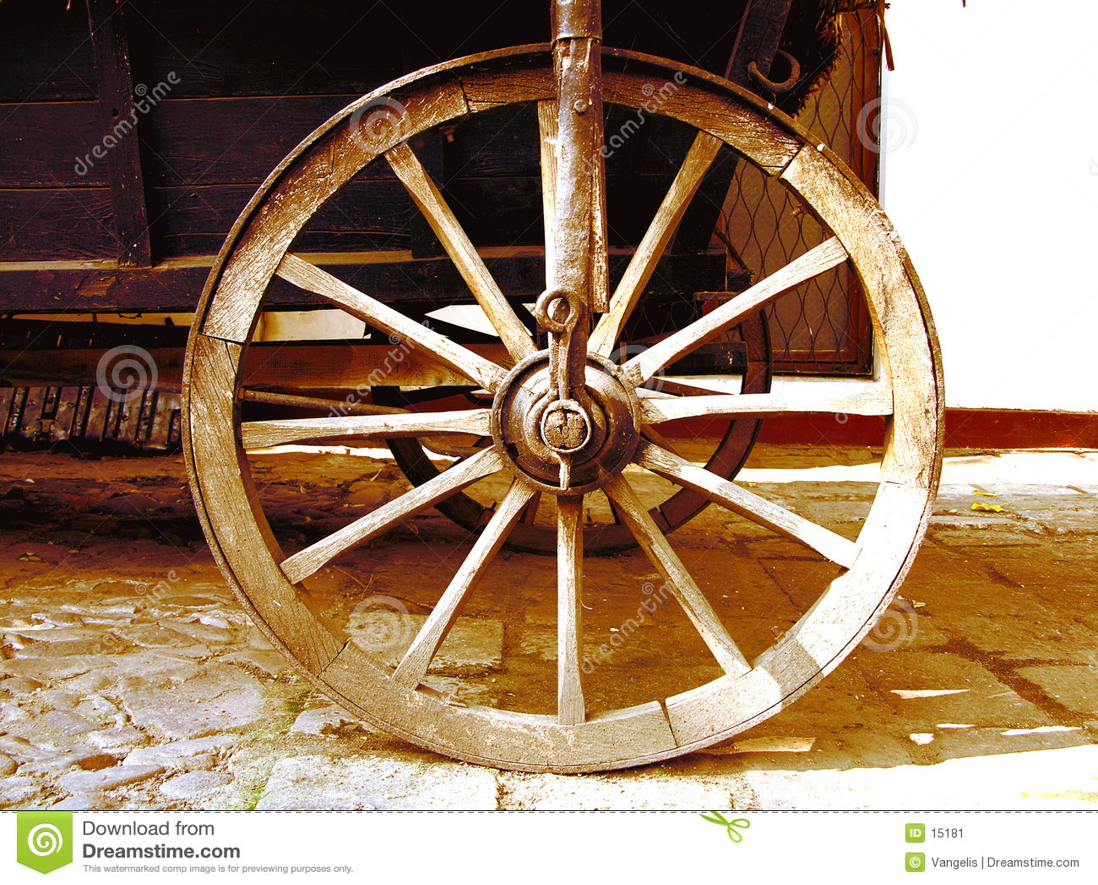 Antikt vagnhjul