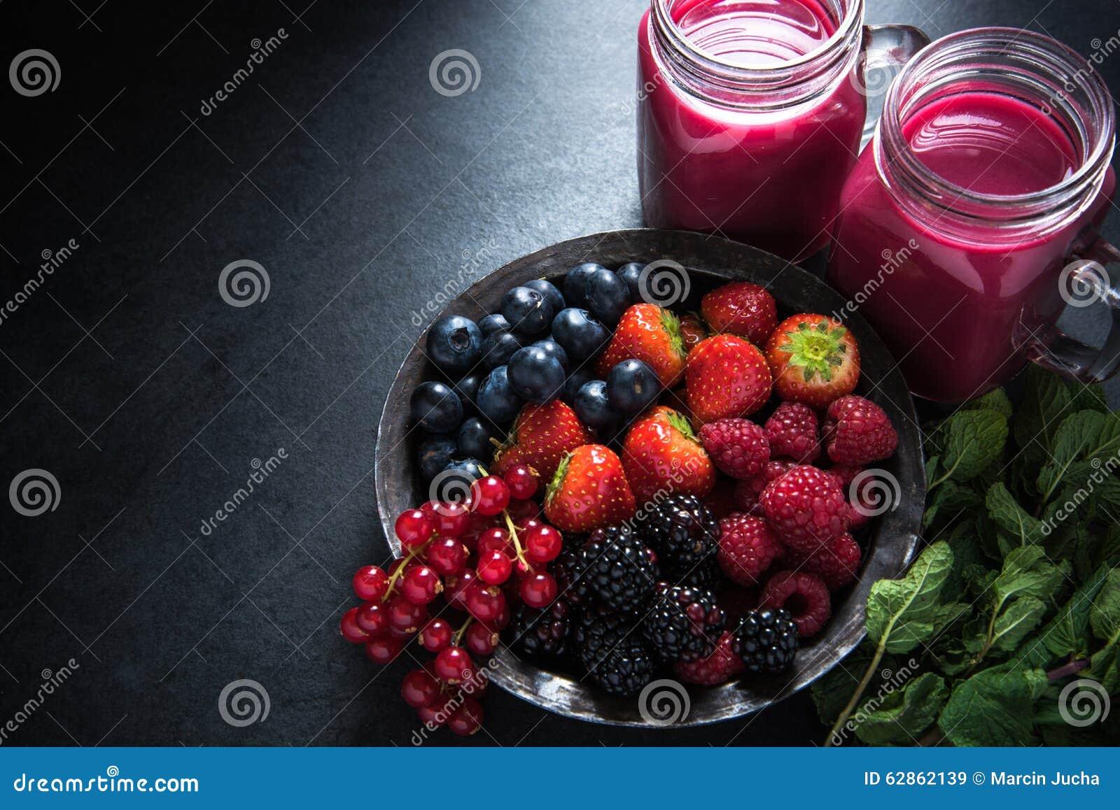 Antiossidante tutto il frullato della frutta di bacche