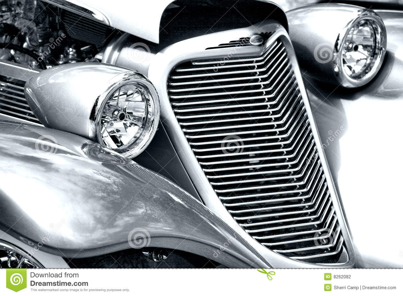 Antique Automobile Headlamps : Antique car headlight and grill stock photography image