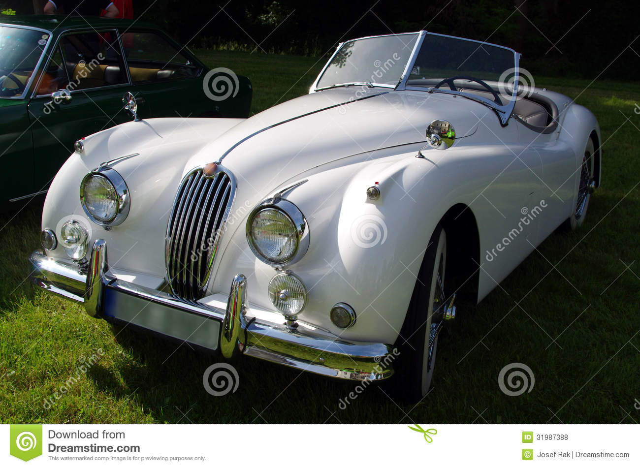 Antique car - Jaguar stock photo. Image of roadster, auto - 31987388