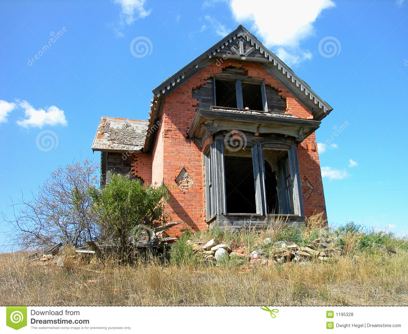 Antique Dilapidated Brick House Stock Photo Image 1195328
