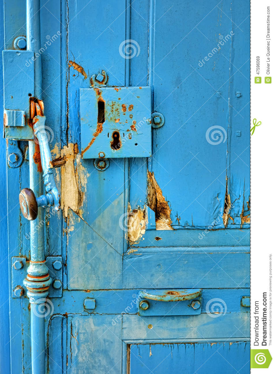 Antique Door Lock and Handle on a Vintage Doorway - Antique Door Lock And Handle On A Vintage Doorway Stock Image