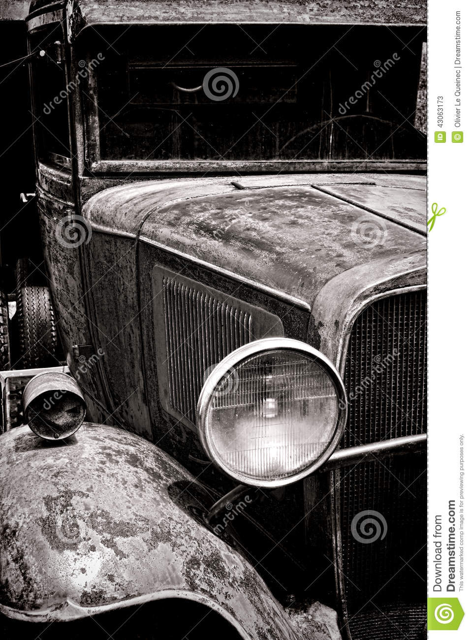 Antique Headlight on Beat Up Old Pick Up Truck