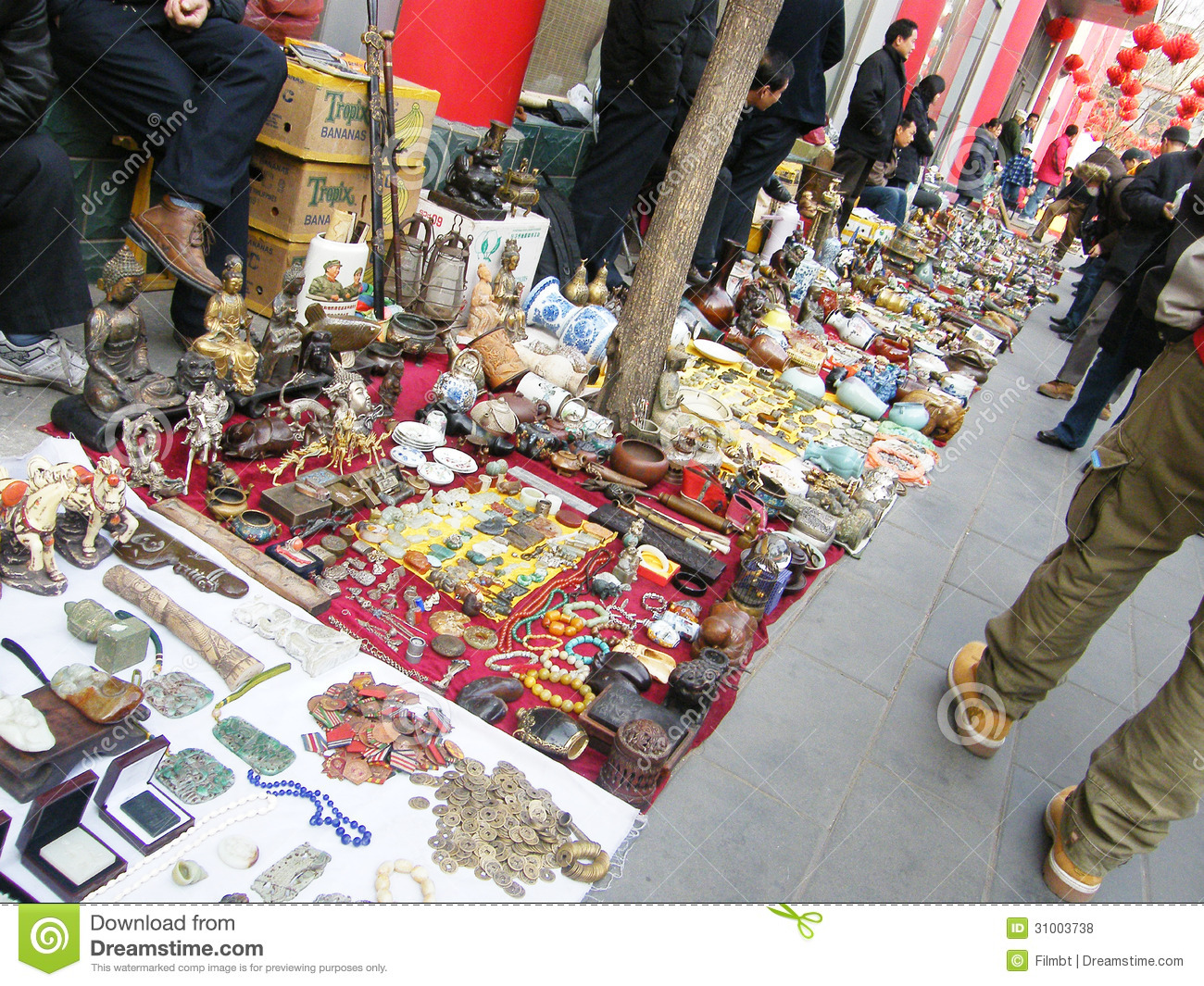 Antique market in panjiayuan editorial stock photo image for Antique marketplace