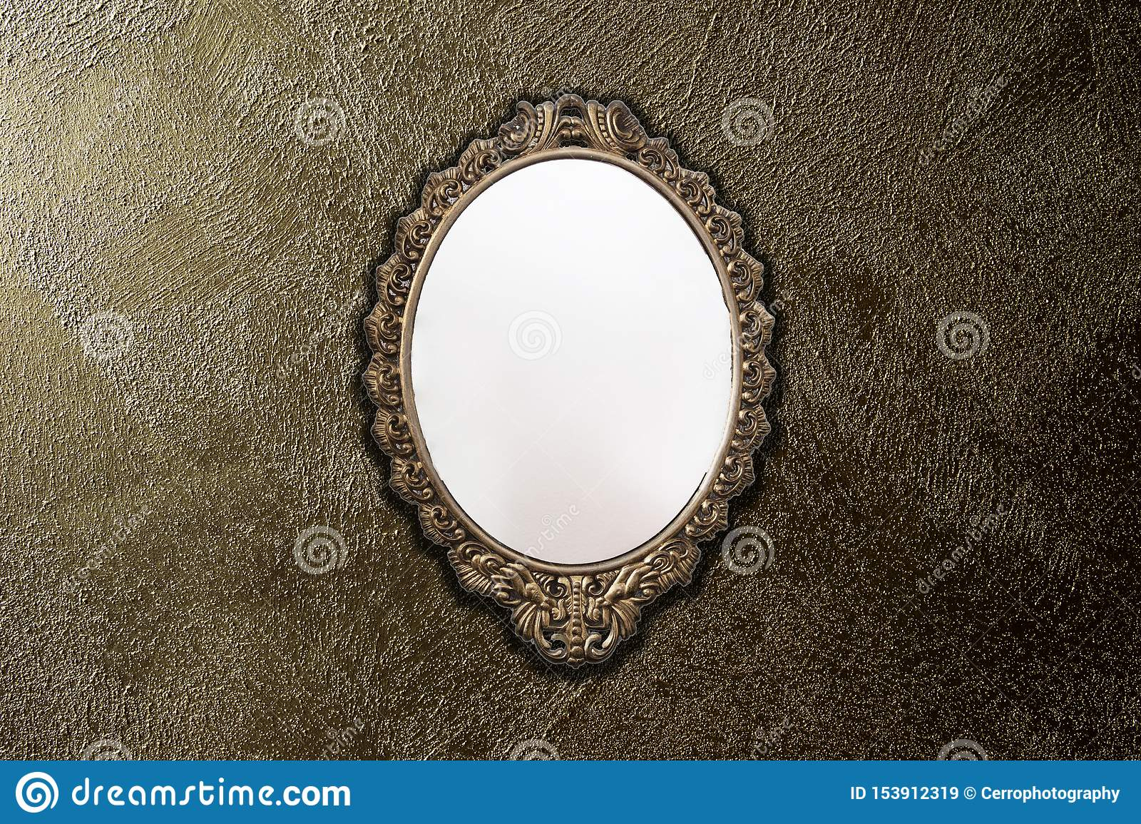 Antique Mirror On Gold Wall Background Texture, Vintage ...