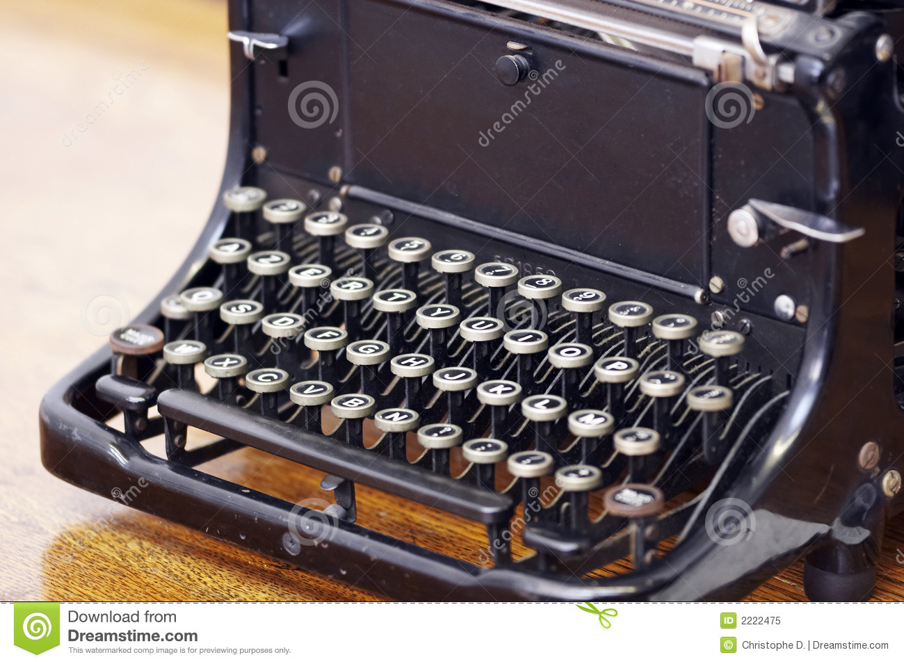 Old fashioned typewriter keys 79