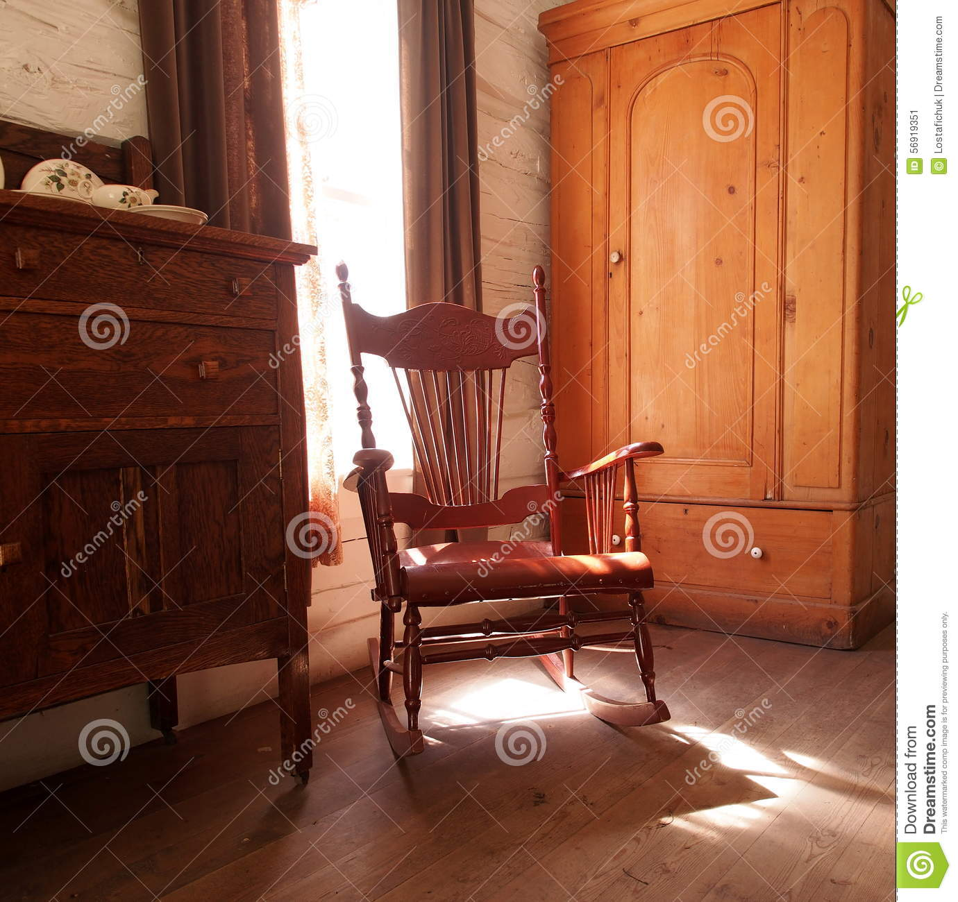 Antique wooden spindle chairs - Antique Wooden Rocking Chair