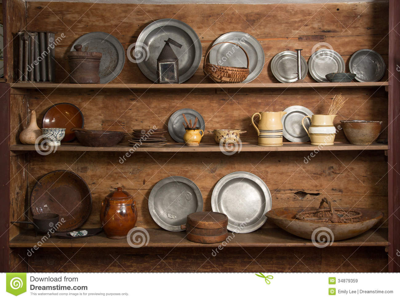 Antiques on display royalty free stock images image for Displaying pictures in your home