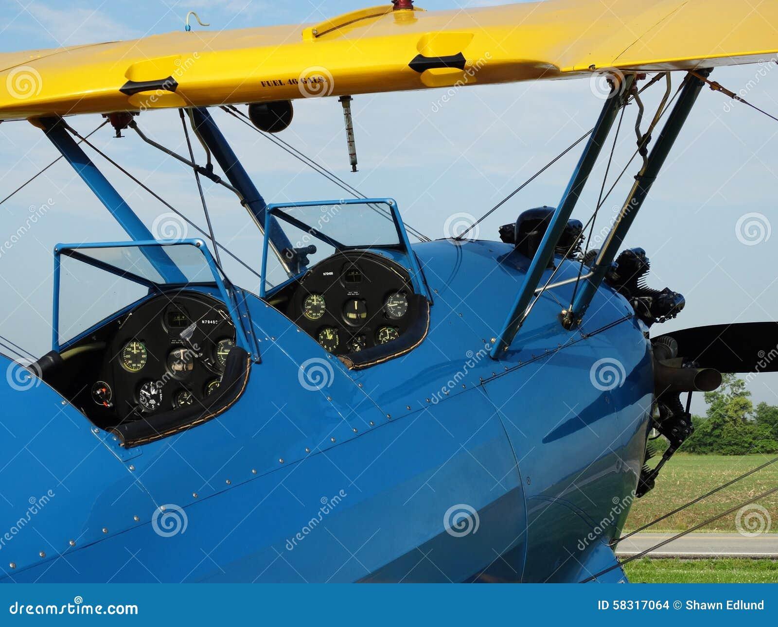 Antiquité admirablement reconstituée PT17 Boeing Stearman