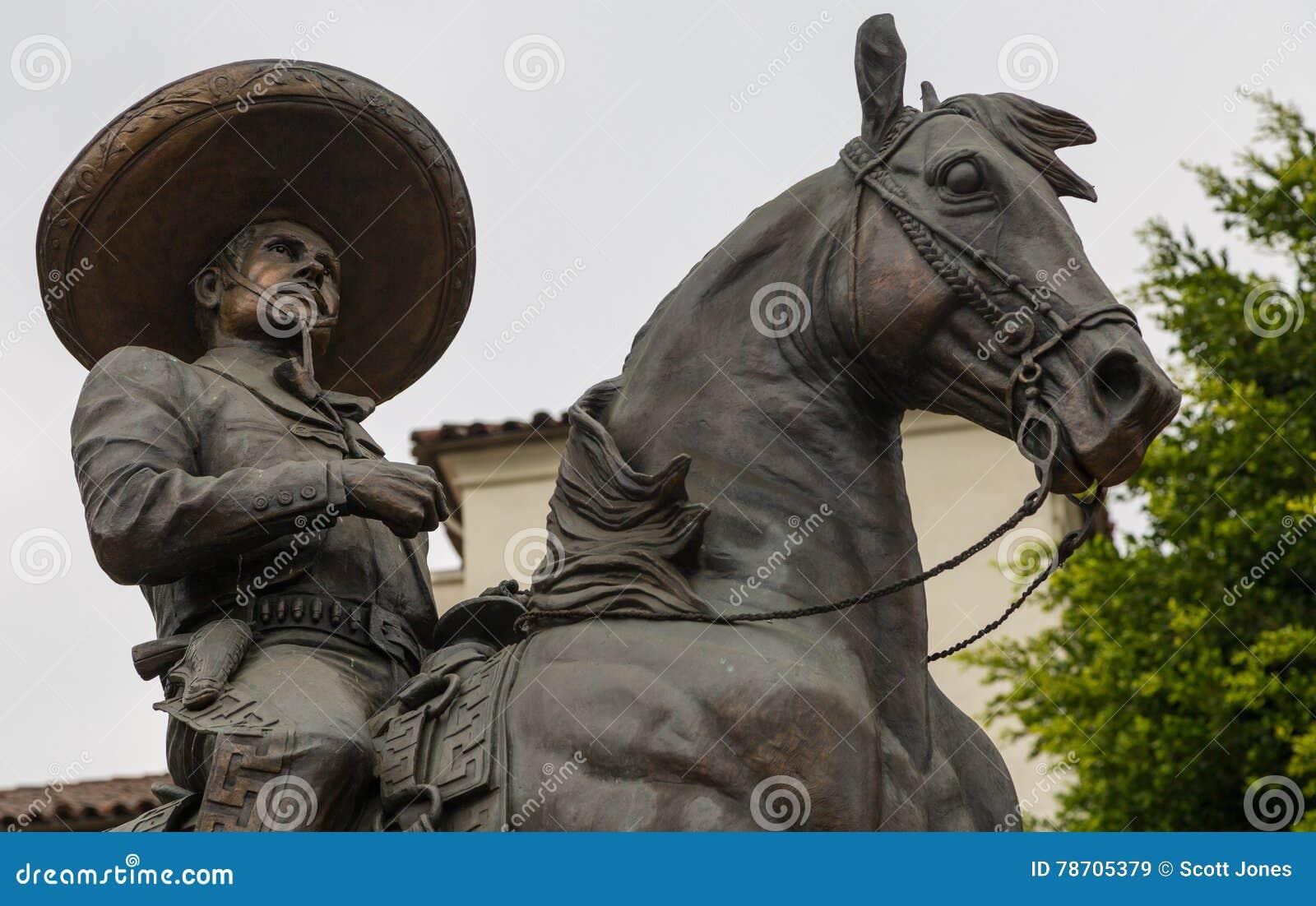 Antonio Aguilar Statue