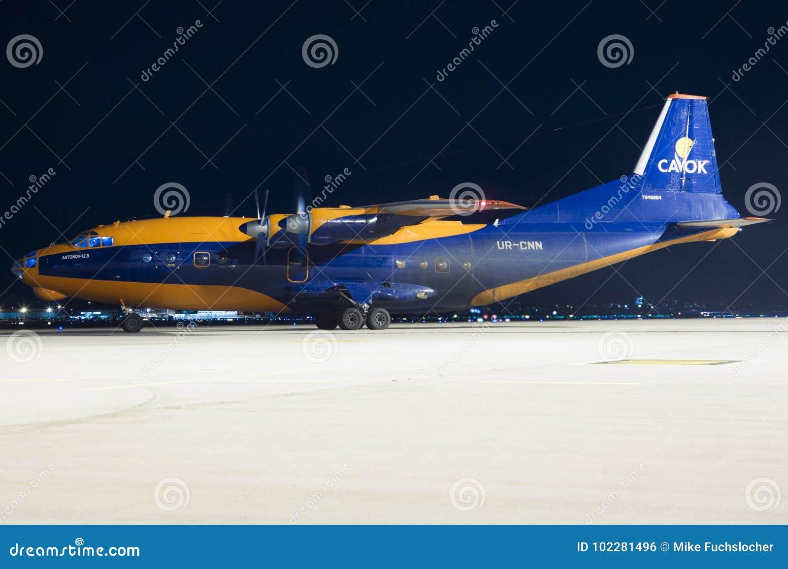 Antonov uns 12