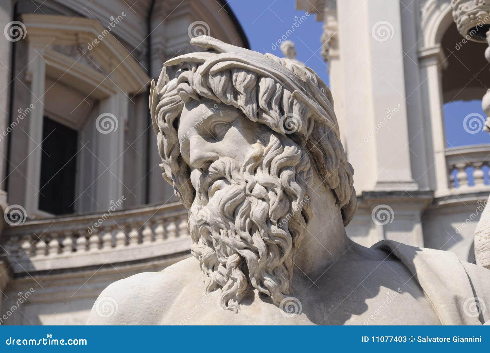 Antyczna rzymska statua