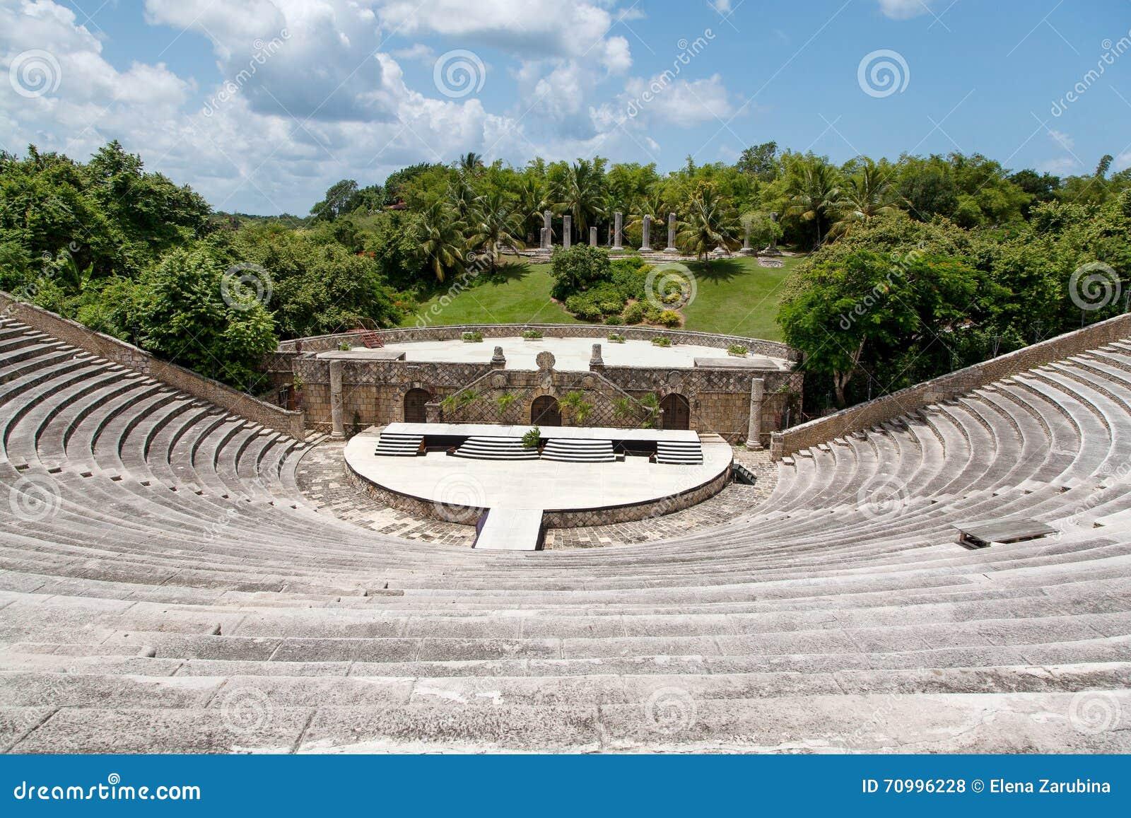 Antyczny amphitheatre w Alcie De Chavon, republika dominikańska