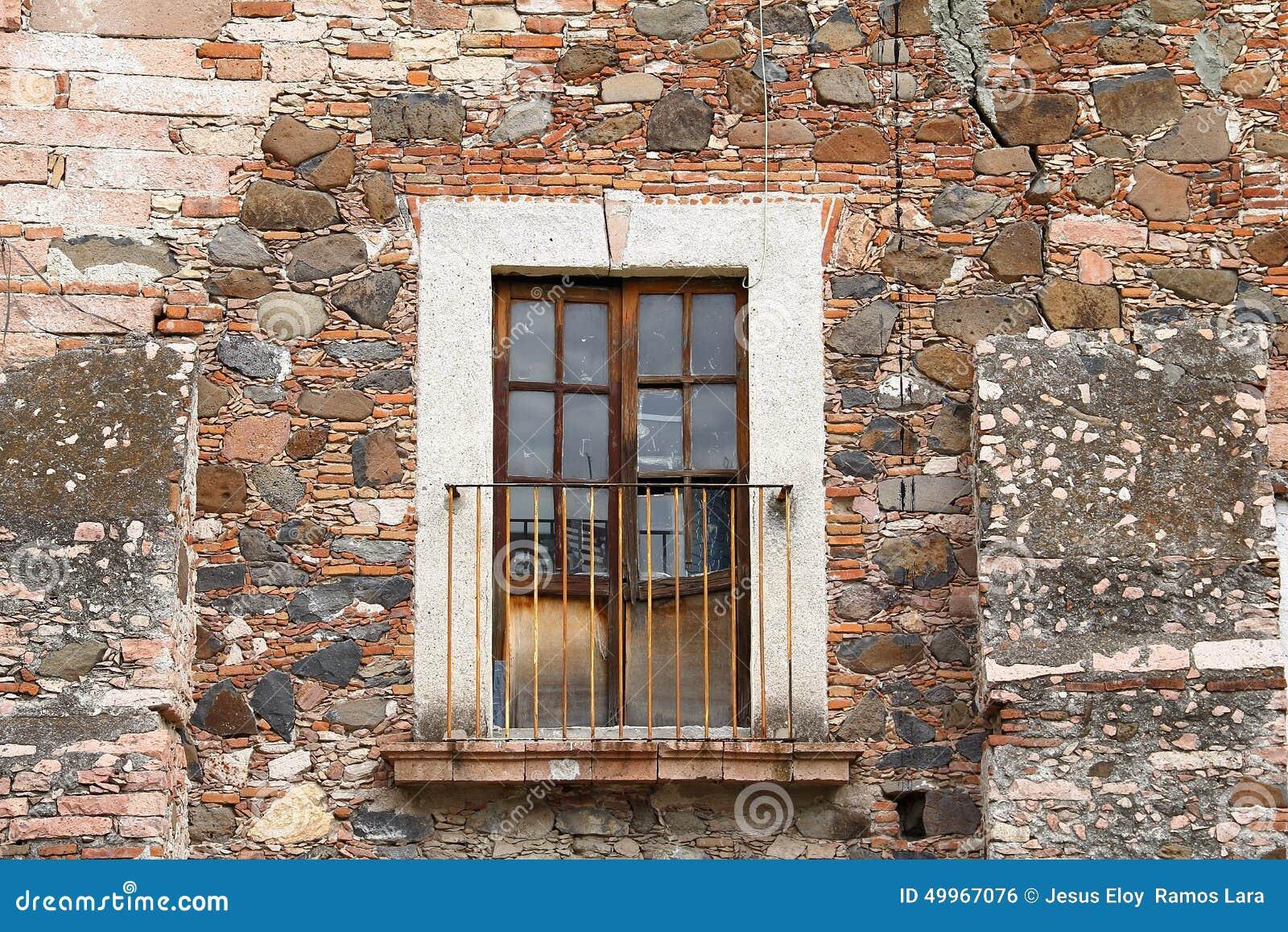 Antyczny balkon Ja