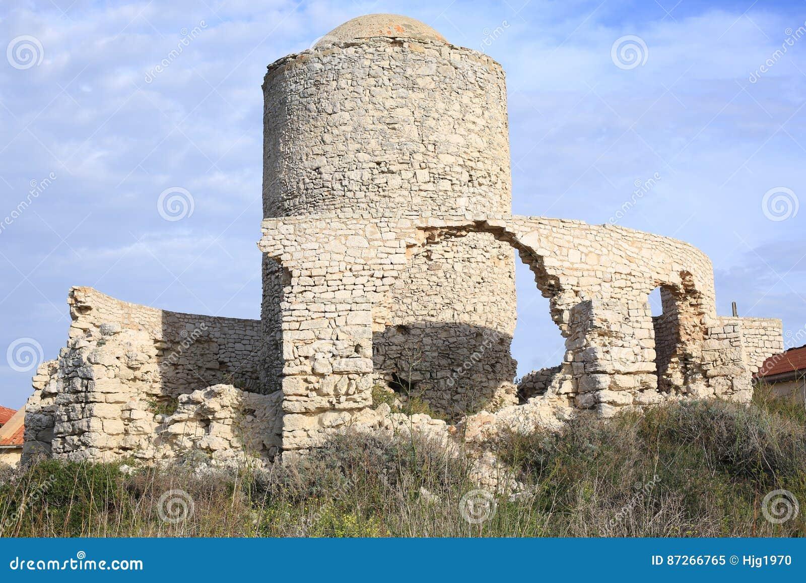 Antyczny kasztel w Bonifacio na Corsica wyspie, Francja