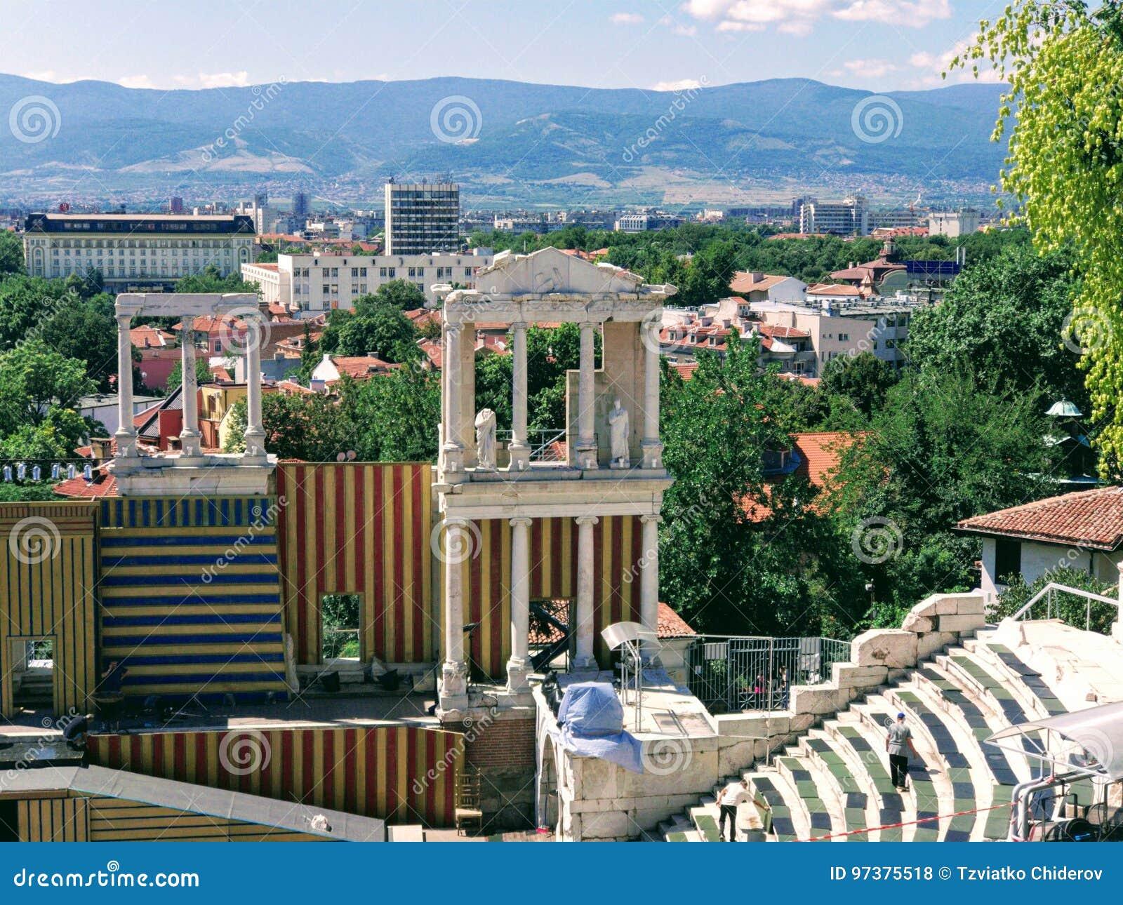 Antyczny Romański amfiteatr na górze wzgórza