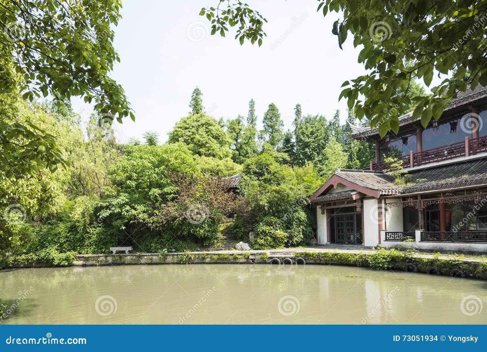 Antykwarski budynek wzdłuż Qinghuai rzeki
