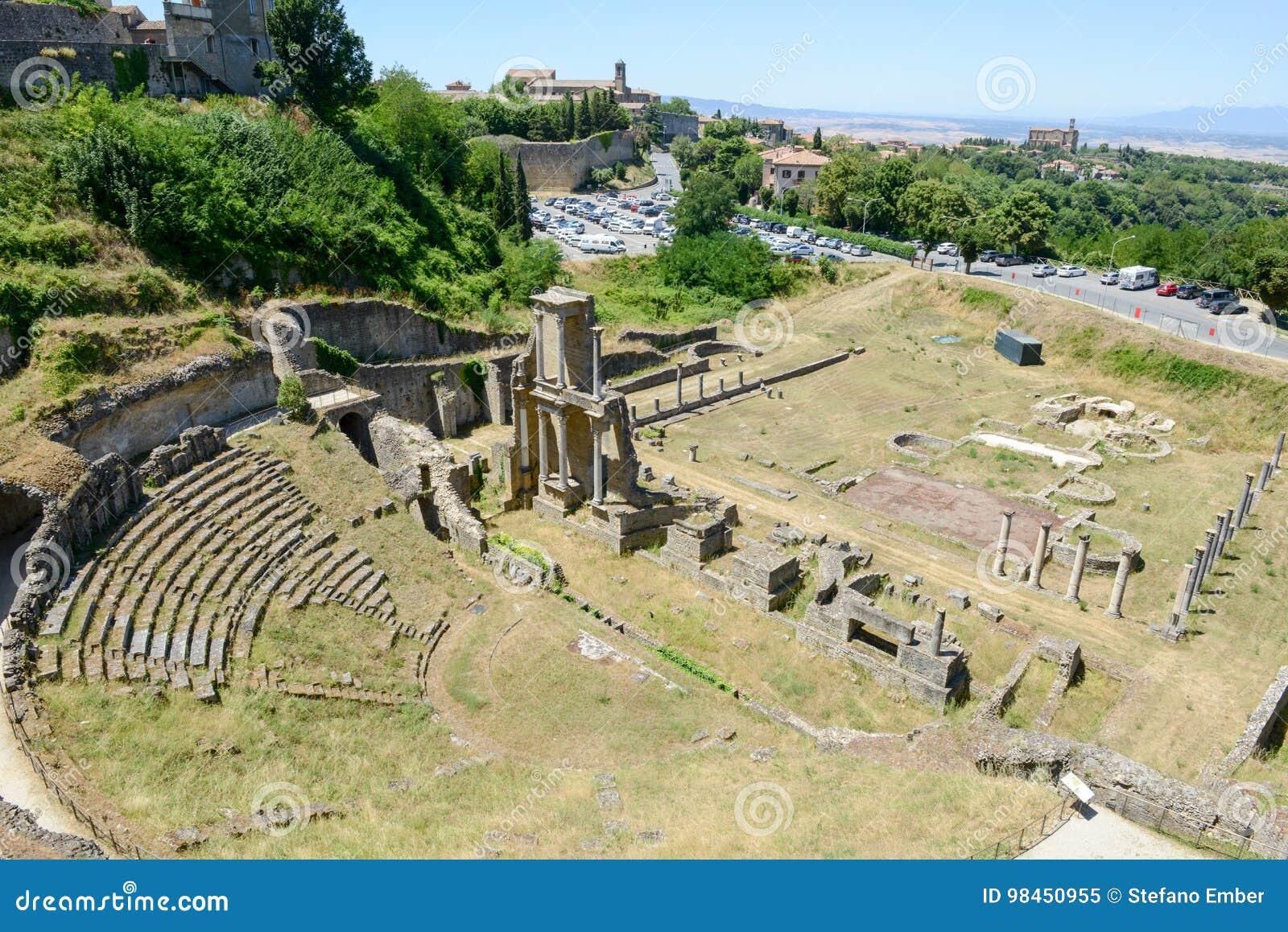 Antykwarski rzymski amfiteatr Volterra na Tuscany