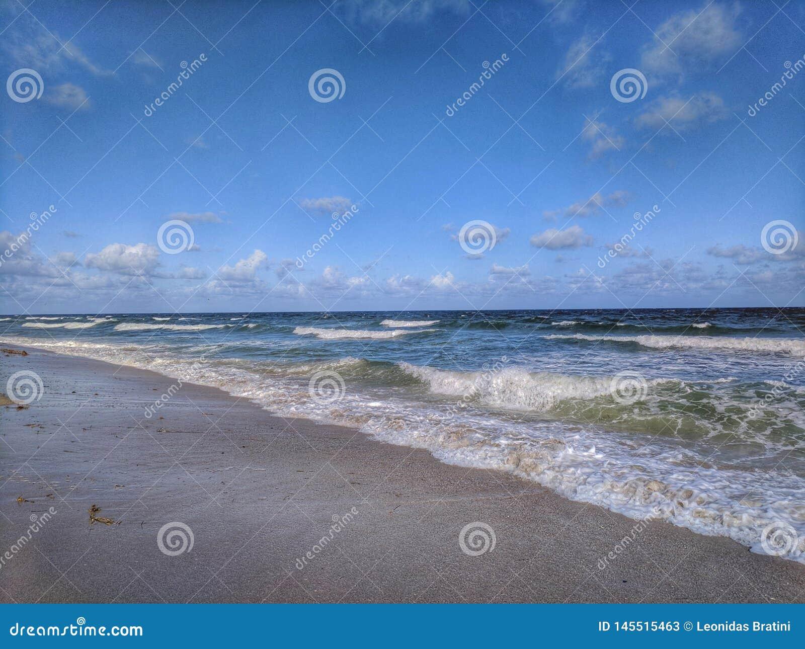 Após ter apreciado a ressaca na praia