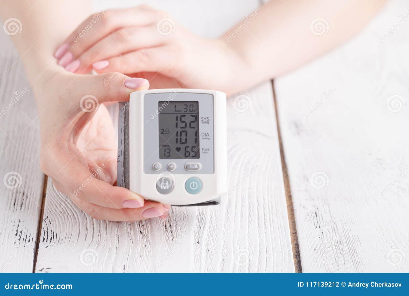 Medición de la presión arterial en español