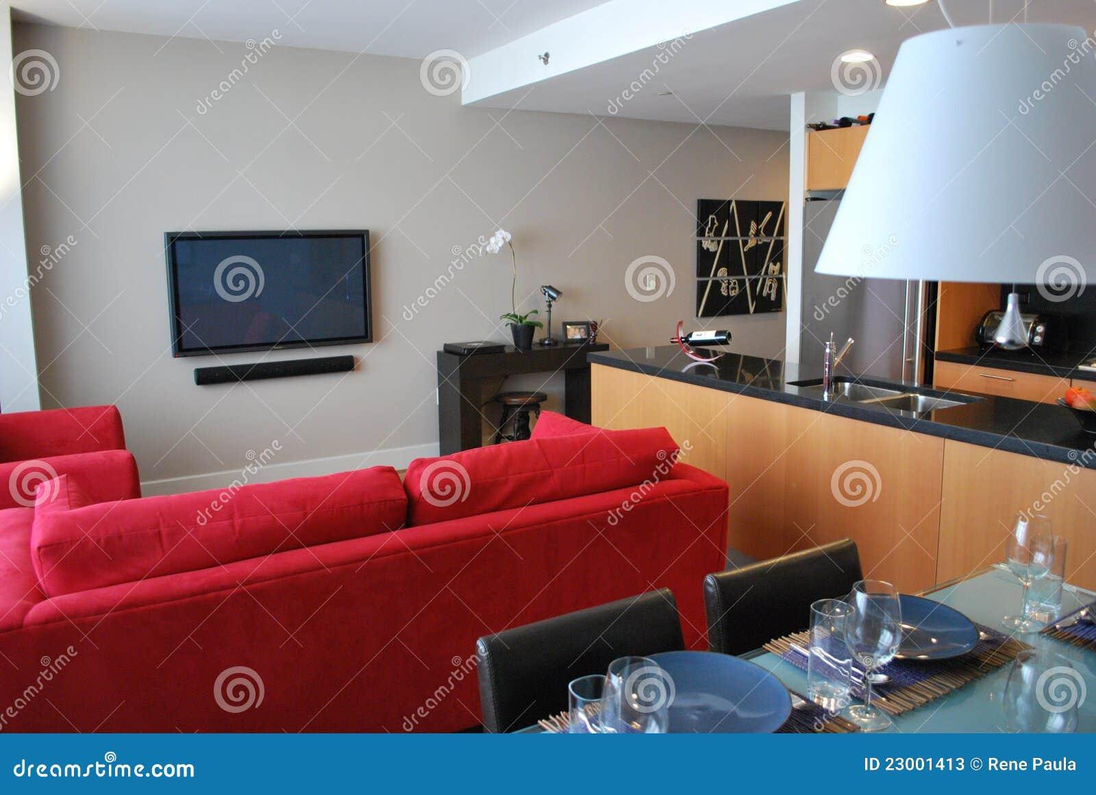 Apartamento moderno con la cocina abierta vida cenando for Cocina abierta sala de estar