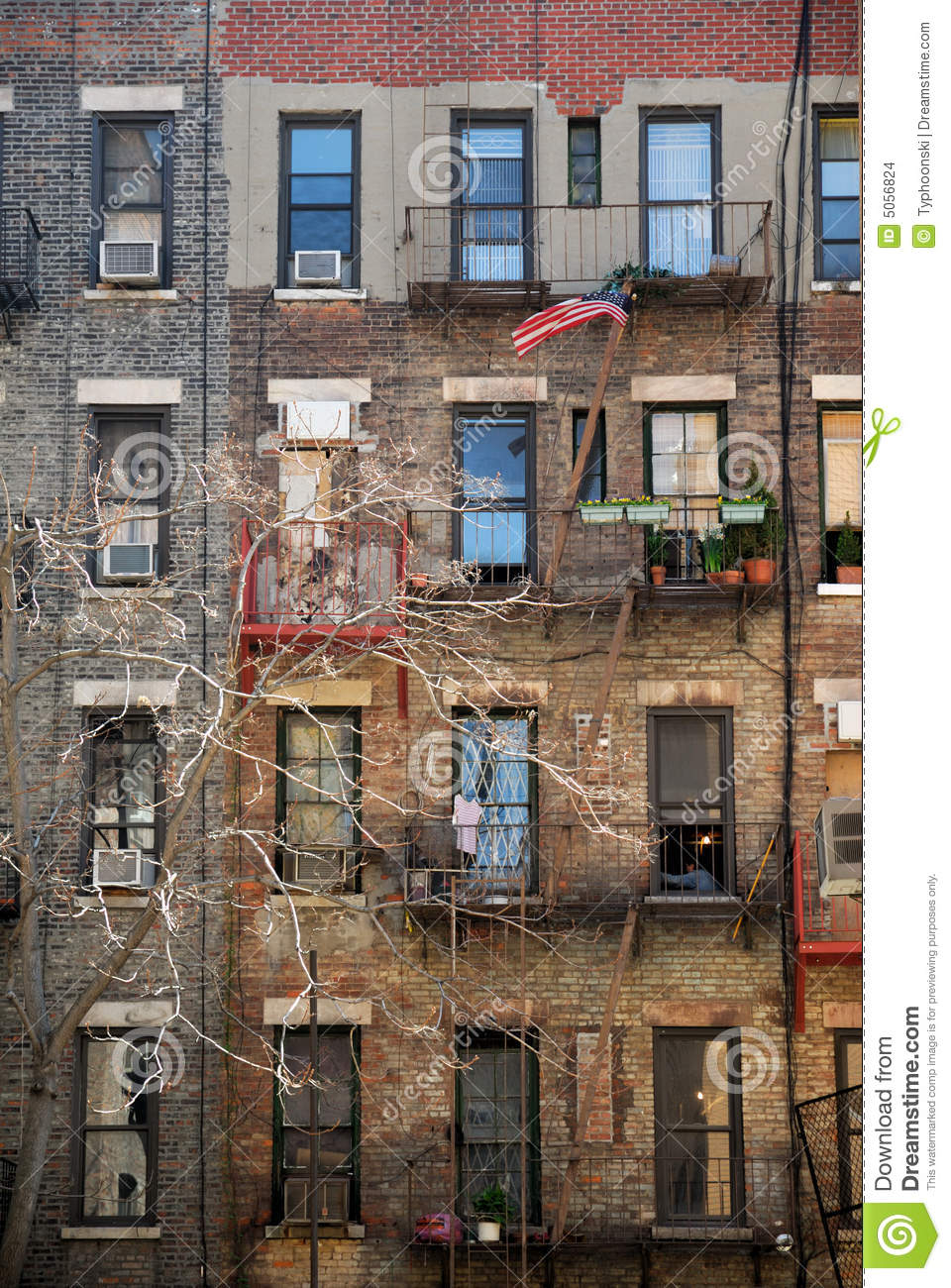 City Apartment Building Apartment Building In New York Stock Images Image 5056824
