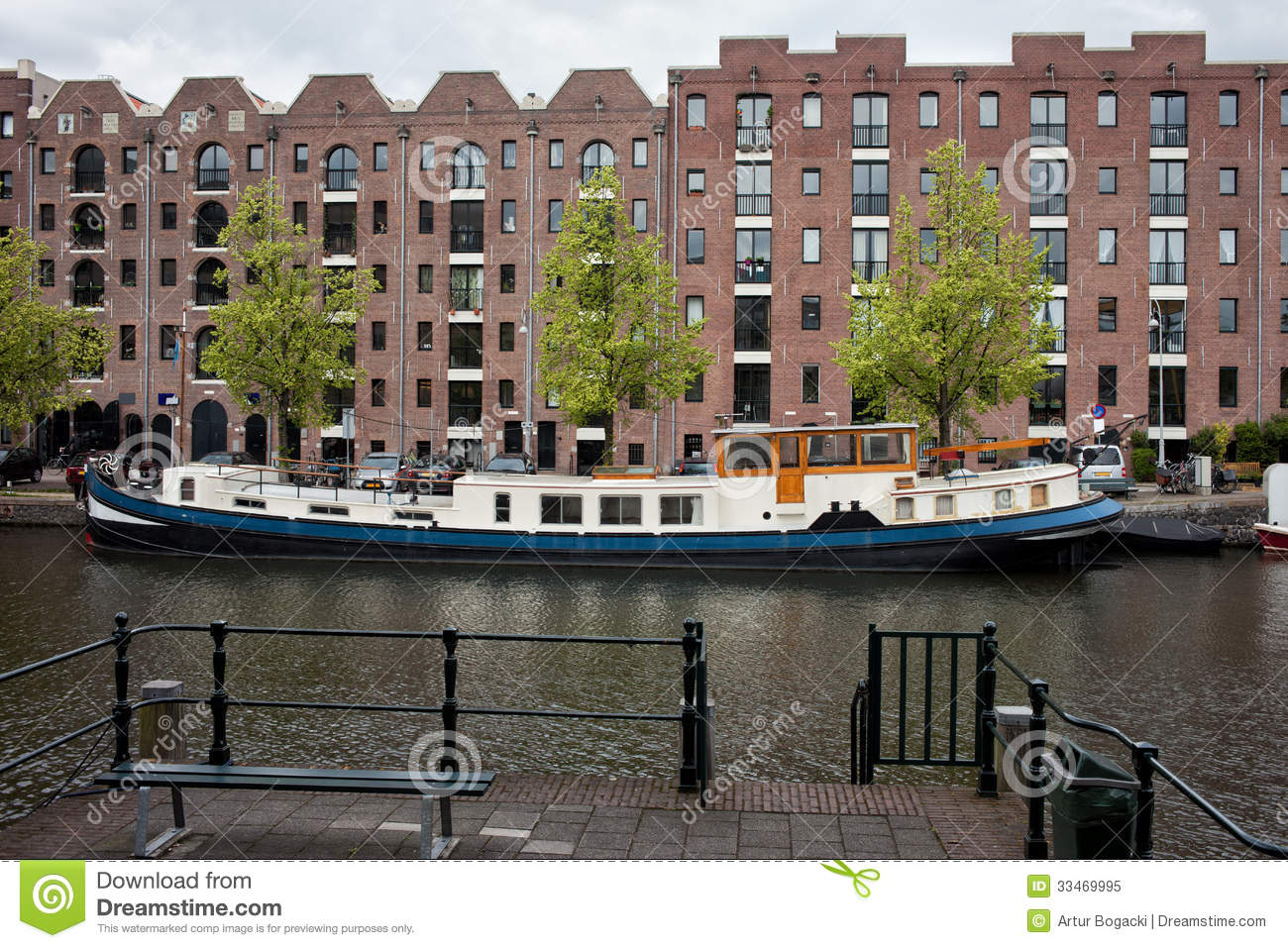 Apartment Buildings On Entrepotdok In Amsterdam Stock ...