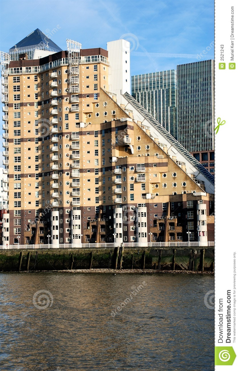Apartments In Canary Wharf Stock Photos - Image: 2521243